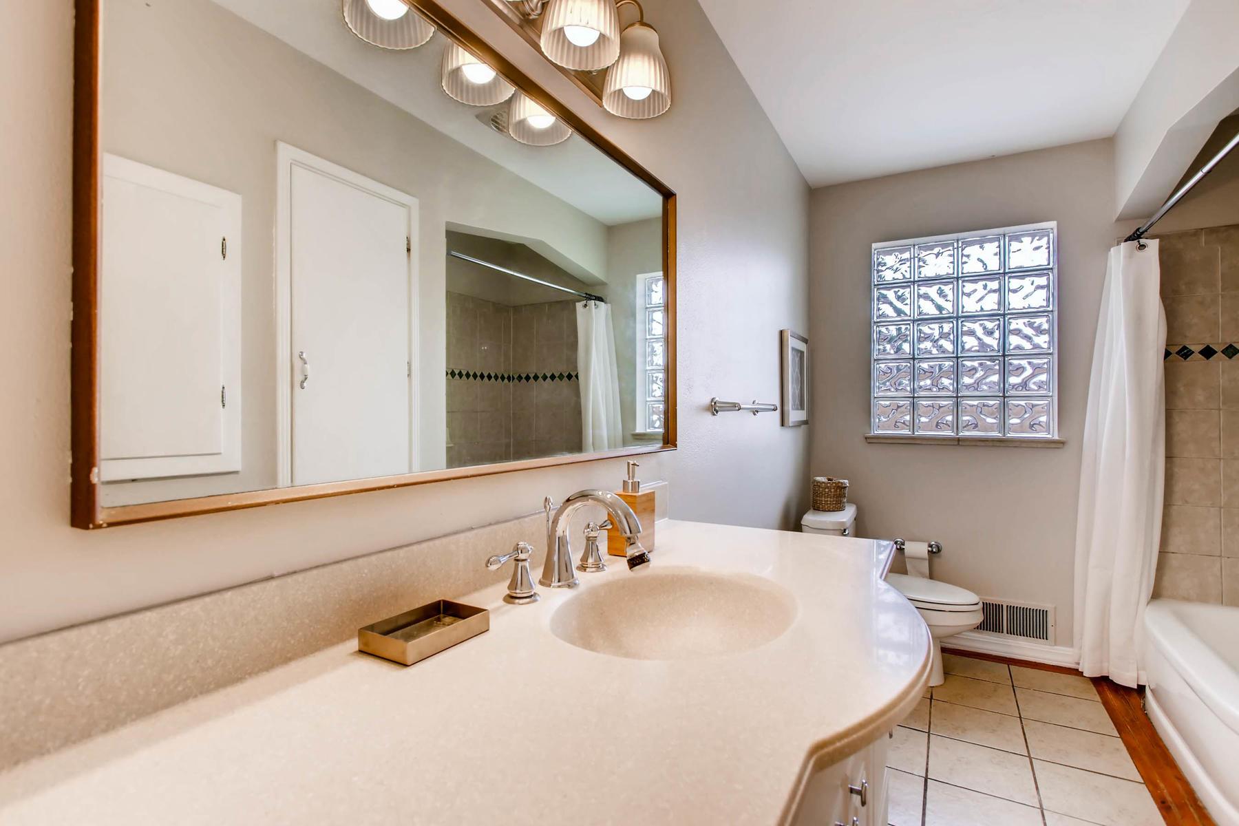 5091 S CLARKSON STREET-MLS_Size-008-6-Master Bathroom-1800x1200-72dpi.jpg