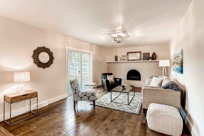 486 S Cole Ct Lakewood CO-large-005-5-Living Room-1500x1000-72dpi.jpg