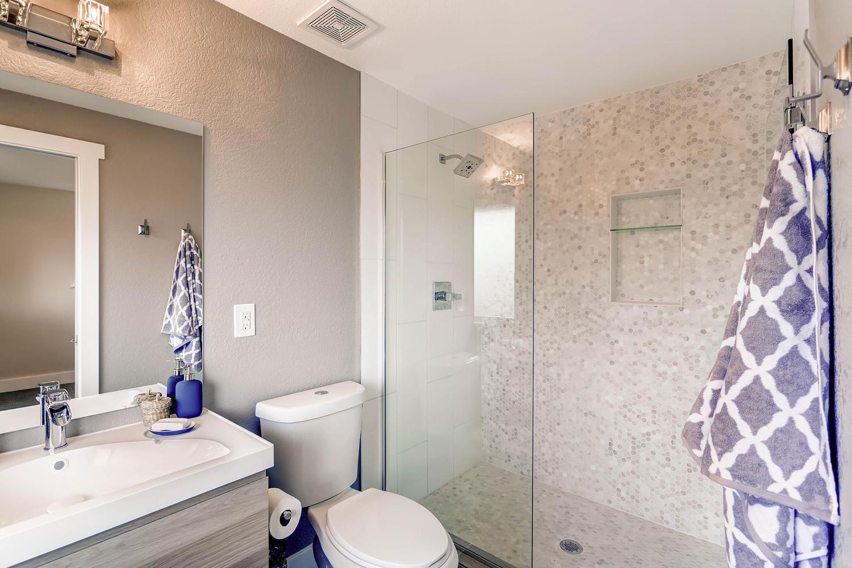 486 S Cole Ct Lakewood CO-large-014-13-Master Bathroom-1500x1000-72dpi.jpg