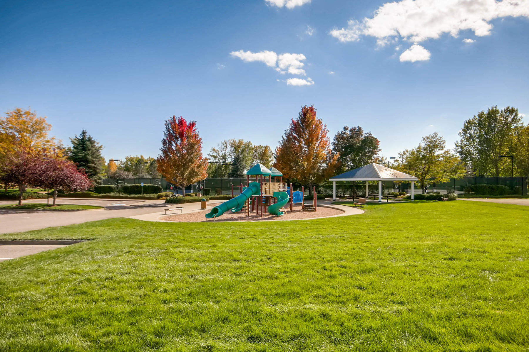 5700 S Jasper Way Centennial-MLS_Size-026-26-Playground and Tennis Courts-1800x1200-72dpi.jpg