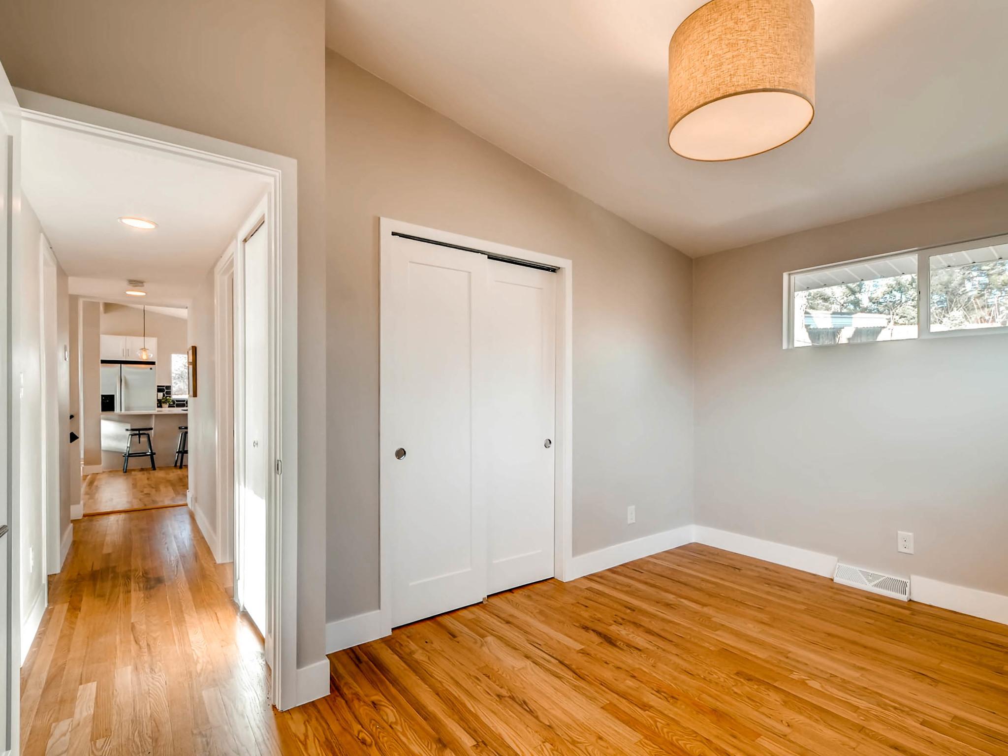 4750 S Mariposa Dr Englewood-MLS_Size-023-17-2nd Floor Bedroom-2048x1536-72dpi.jpg