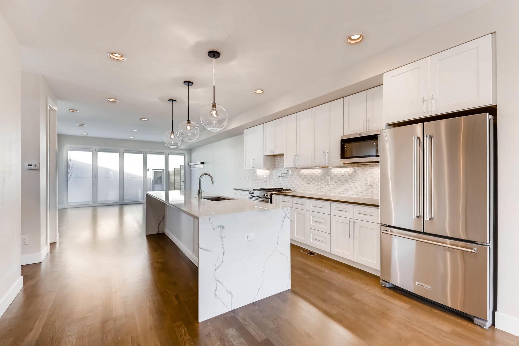 3000 S Elati Street Englewood-MLS_Size-007-5-Kitchen-1800x1200-72dpi.jpg