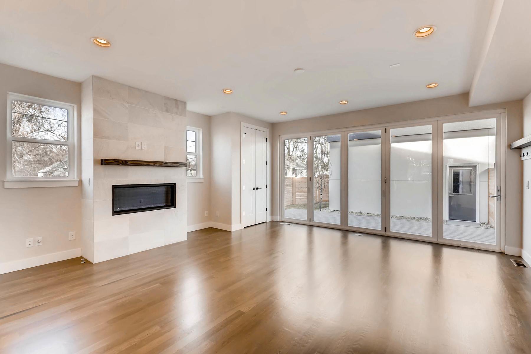 3000 S Elati Street Englewood-MLS_Size-004-11-Living Room-1800x1200-72dpi.jpg