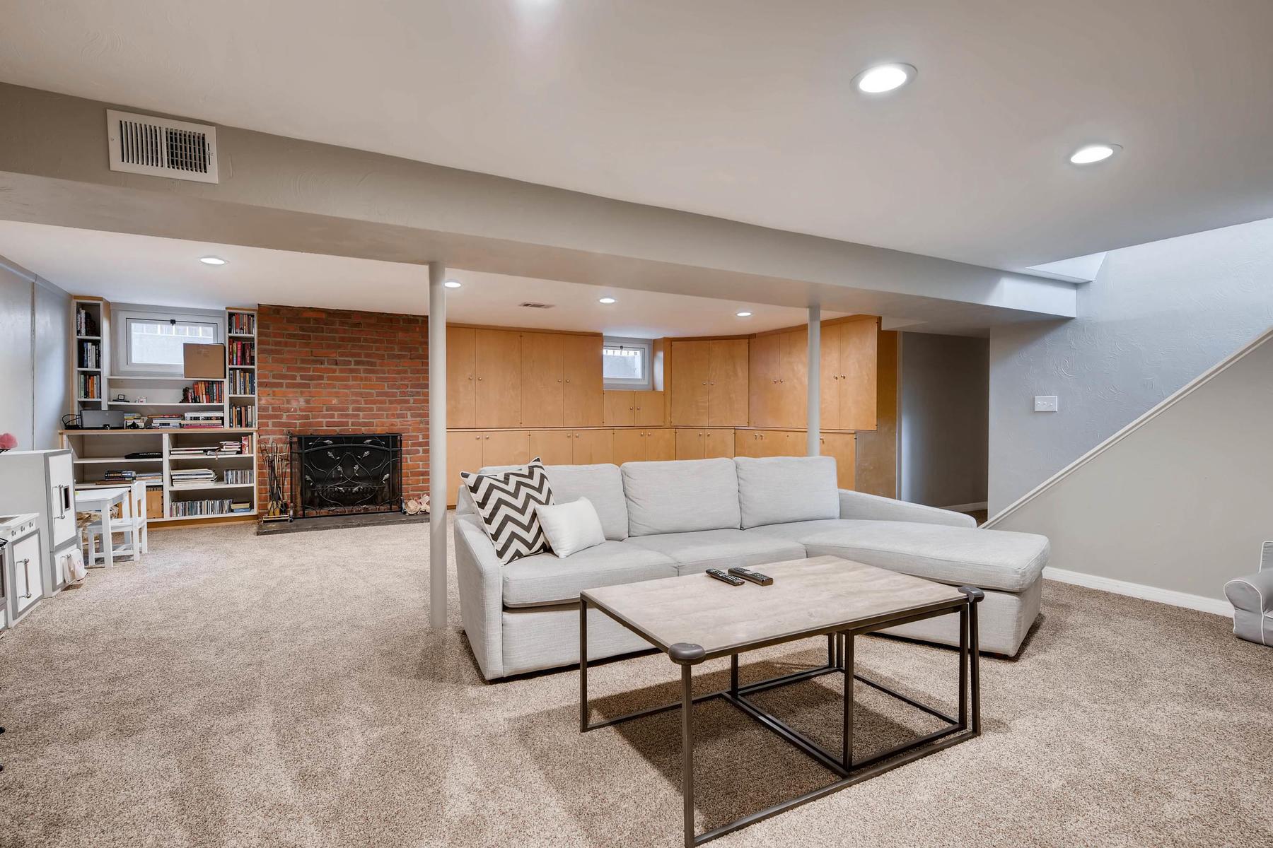 6676 S Kit Carson St-MLS_Size-019-25-Lower Level Family Room-1800x1200-72dpi.jpg