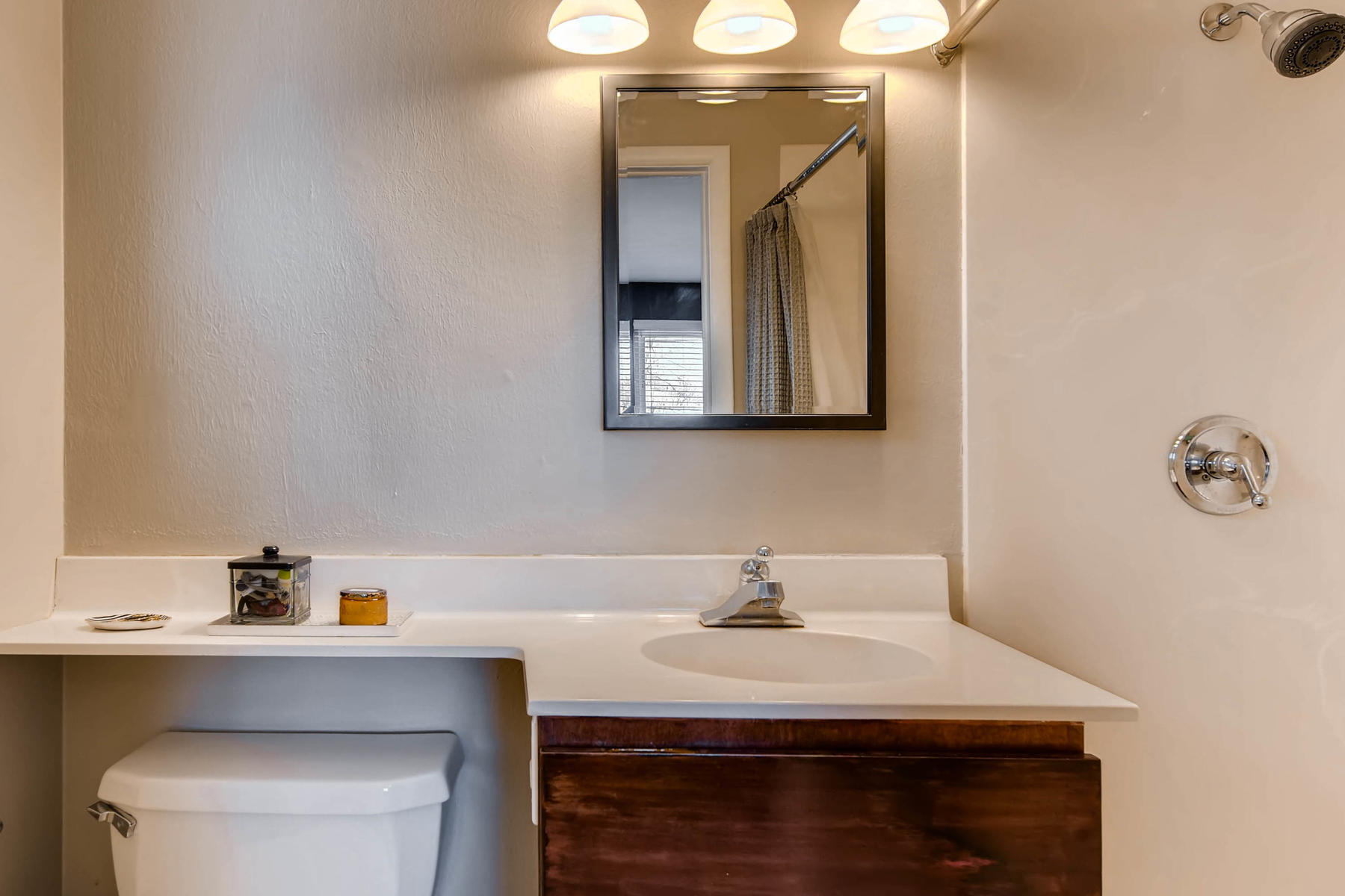 6676 S Kit Carson St-MLS_Size-015-9-Master Bathroom-1800x1200-72dpi.jpg