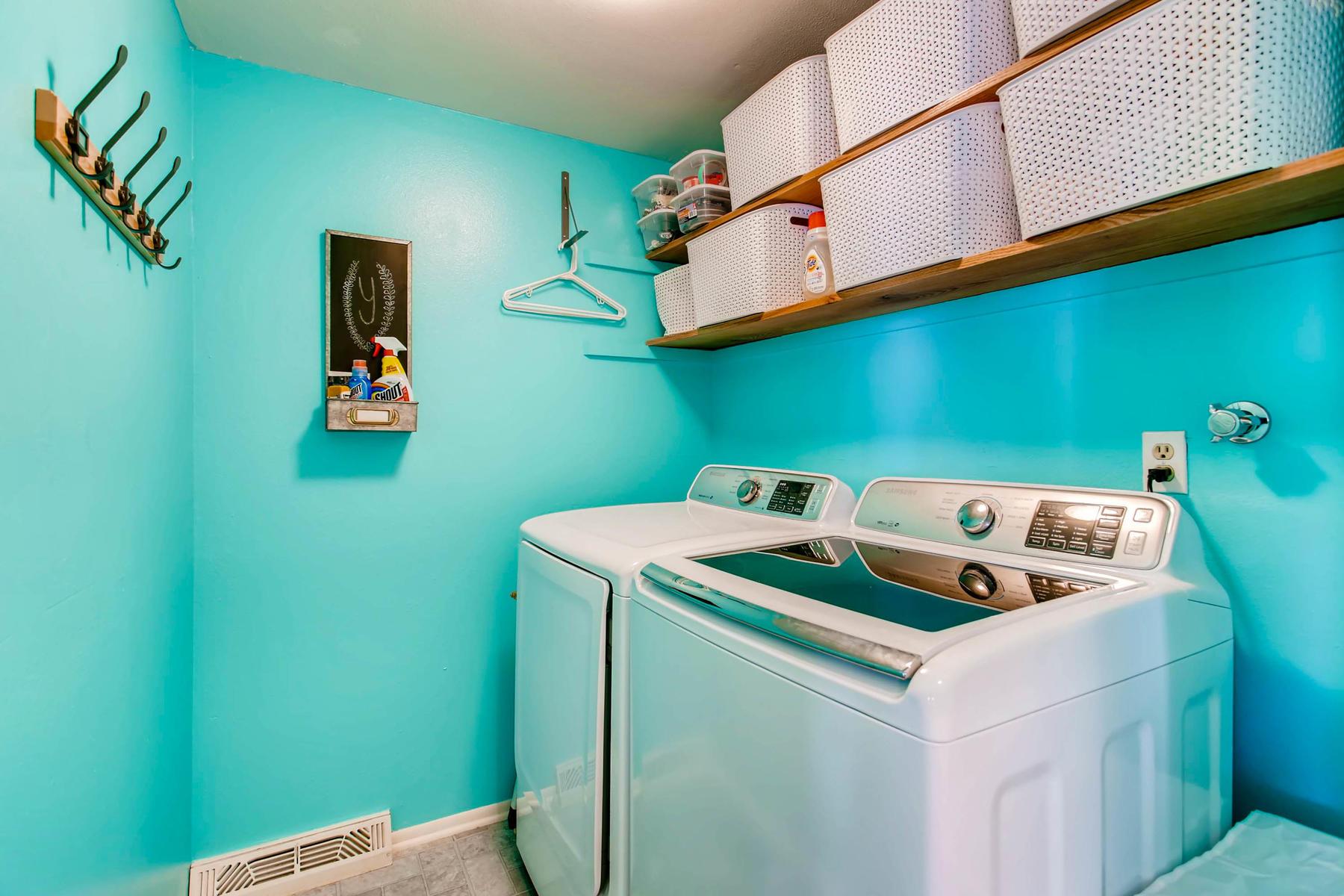 12626 E Bates Cir Aurora CO-MLS_Size-028-34-Laundry Room-1800x1200-72dpi.jpg