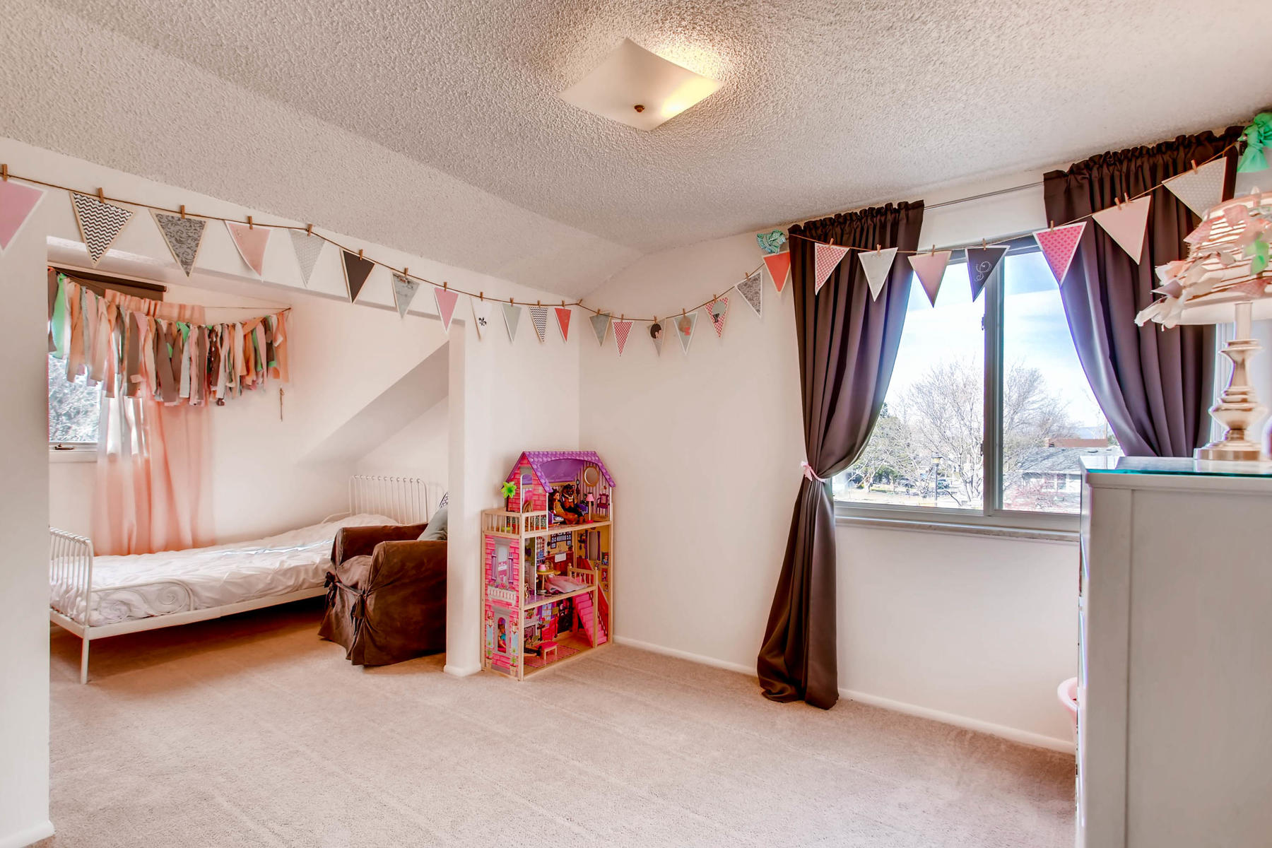 12626 E Bates Cir Aurora CO-MLS_Size-021-21-2nd Floor Bedroom-1800x1200-72dpi.jpg