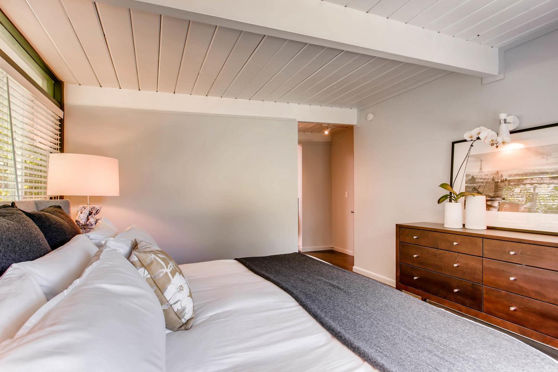 1300 S Dahila Street Denver CO-large-015-10-Master Bedroom-1500x1000-72dpi.jpg