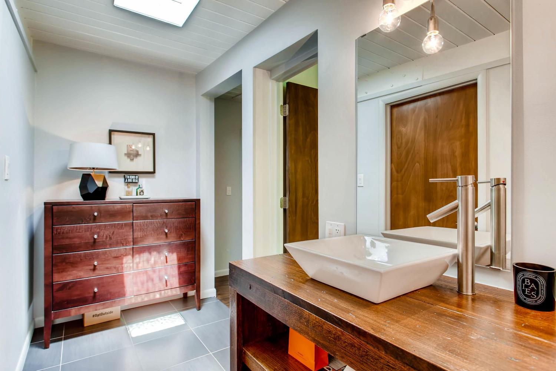 1300 S Dahila Street Denver CO-large-017-11-Master Bathroom-1500x1000-72dpi.jpg