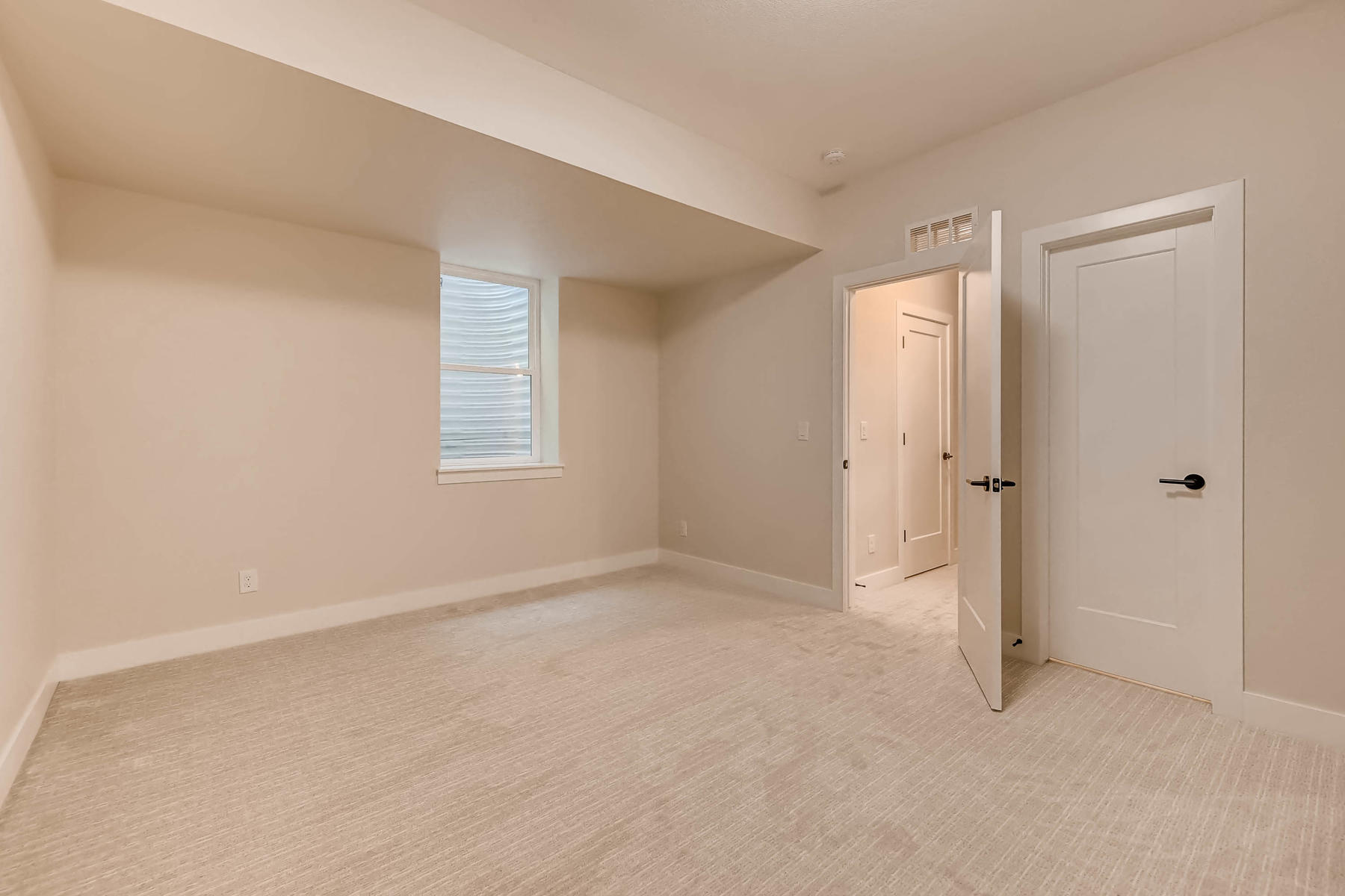 2753 S Acoma St Englewood CO-026-2-Lower Level Bedroom-MLS_Size.jpg