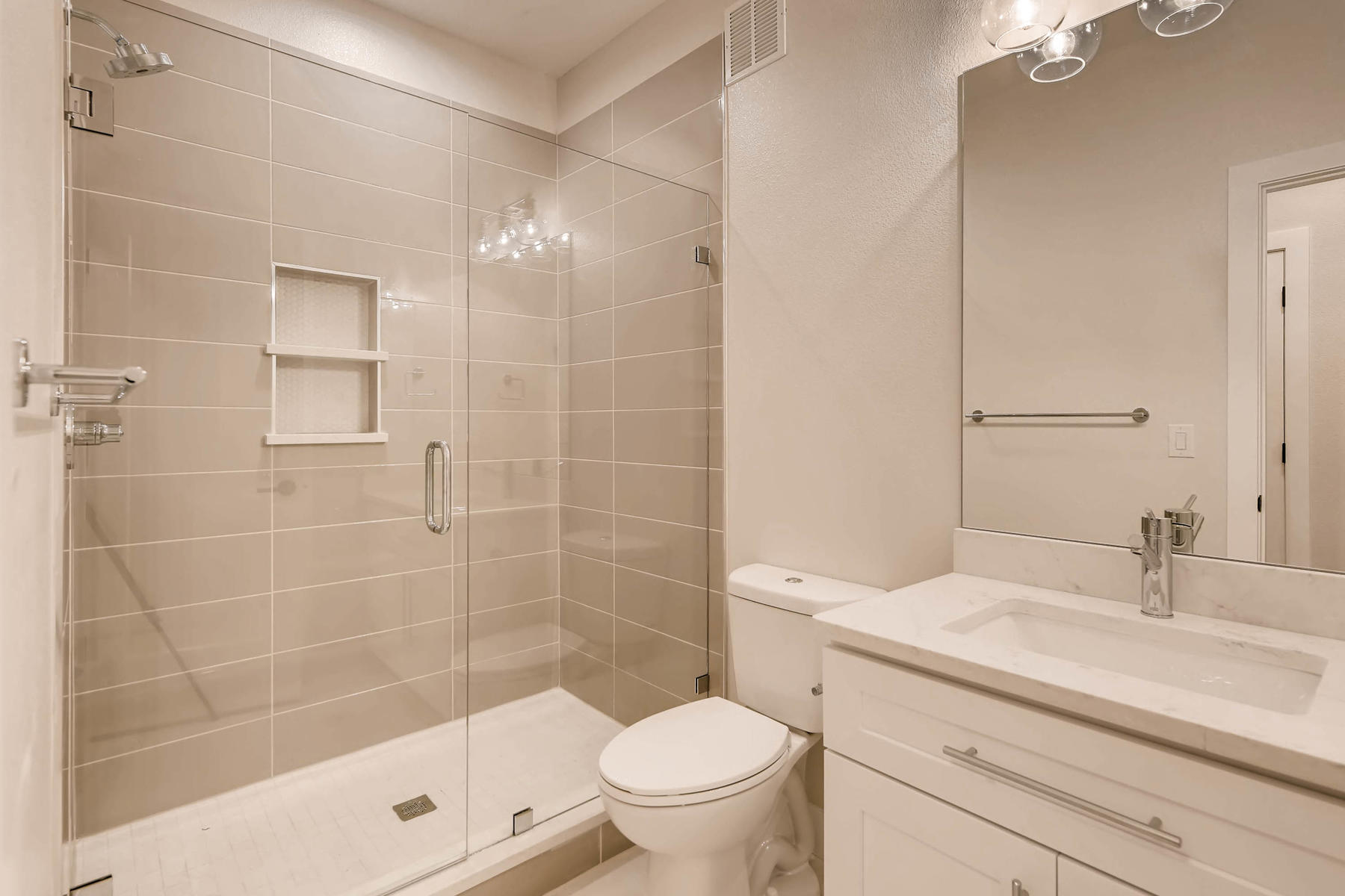 2753 S Acoma St Englewood CO-027-13-Lower Level Bathroom-MLS_Size.jpg