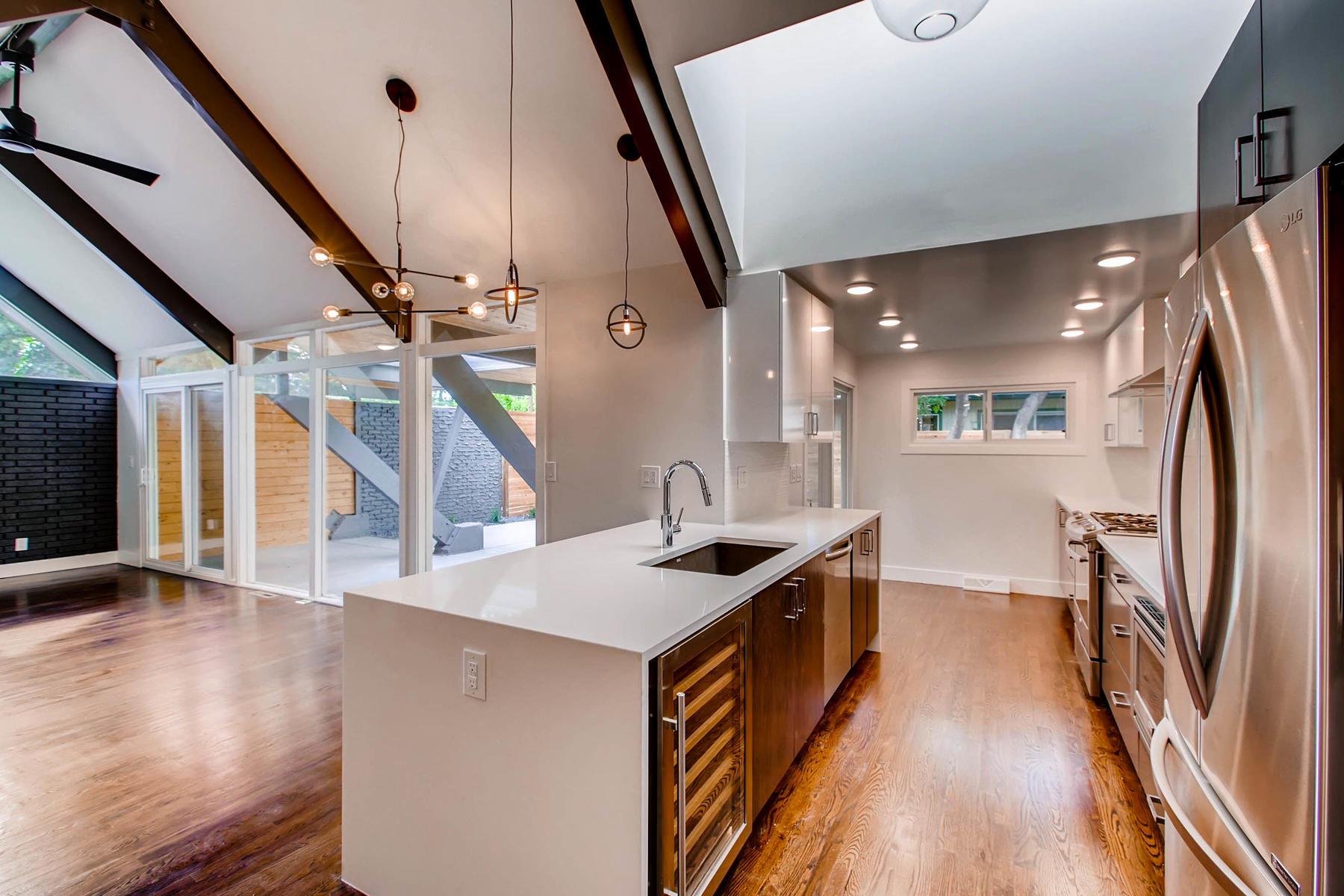 1827 S Jasmine Street Denver-007-9-Kitchen-MLS_Size.jpg
