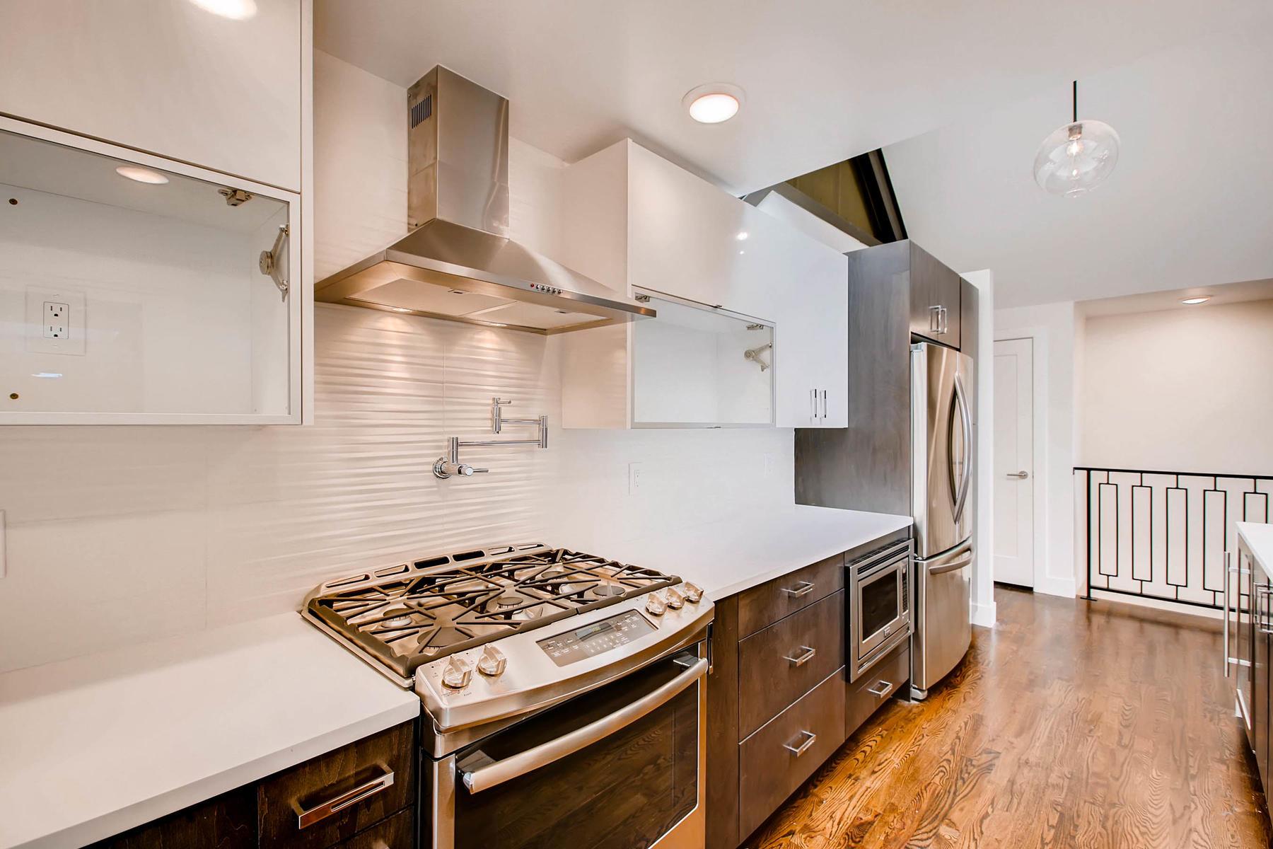 1827 S Jasmine Street Denver-008-27-Kitchen-MLS_Size.jpg