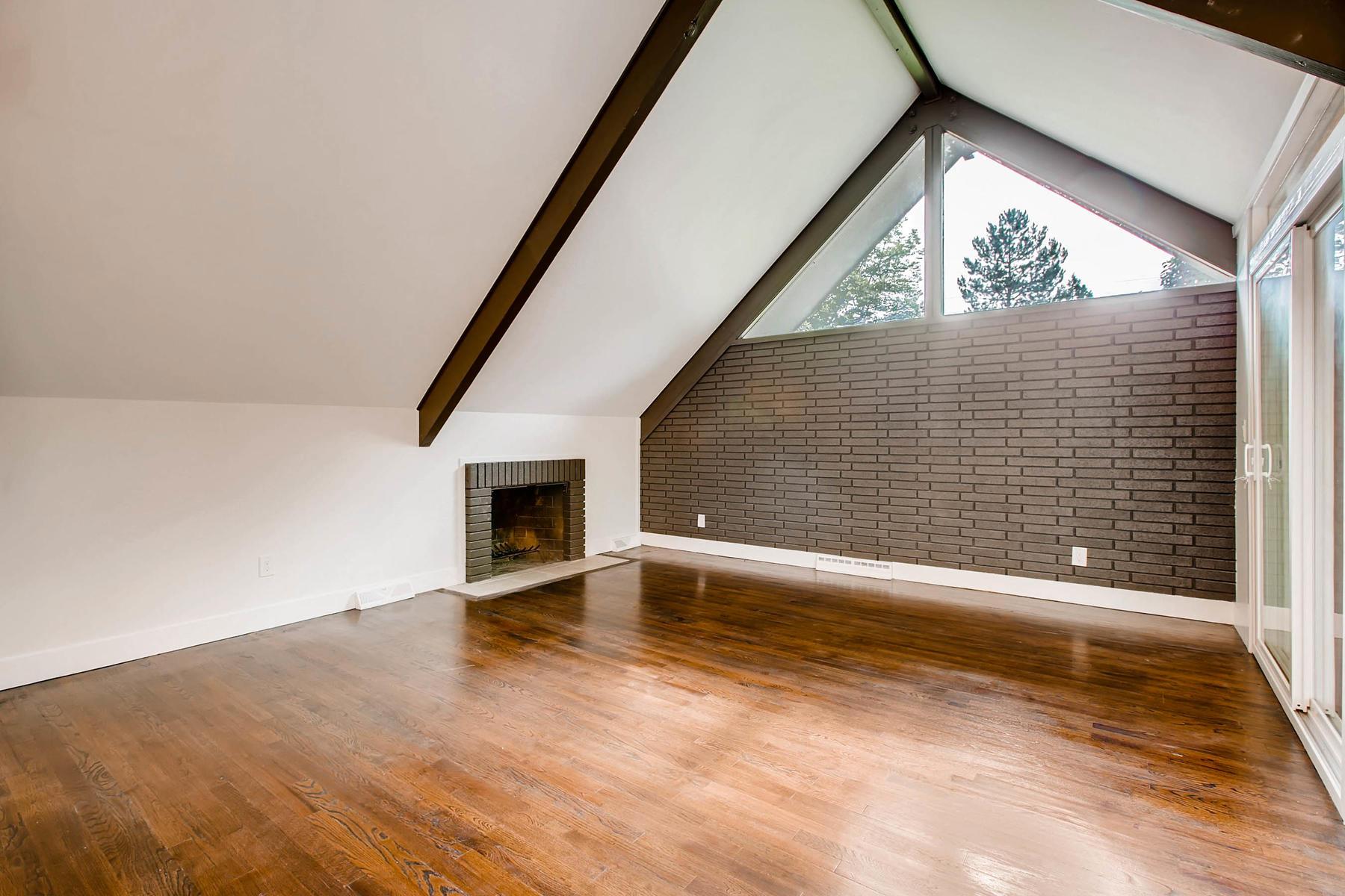 1827 S Jasmine Street Denver-011-10-Family Room-MLS_Size.jpg