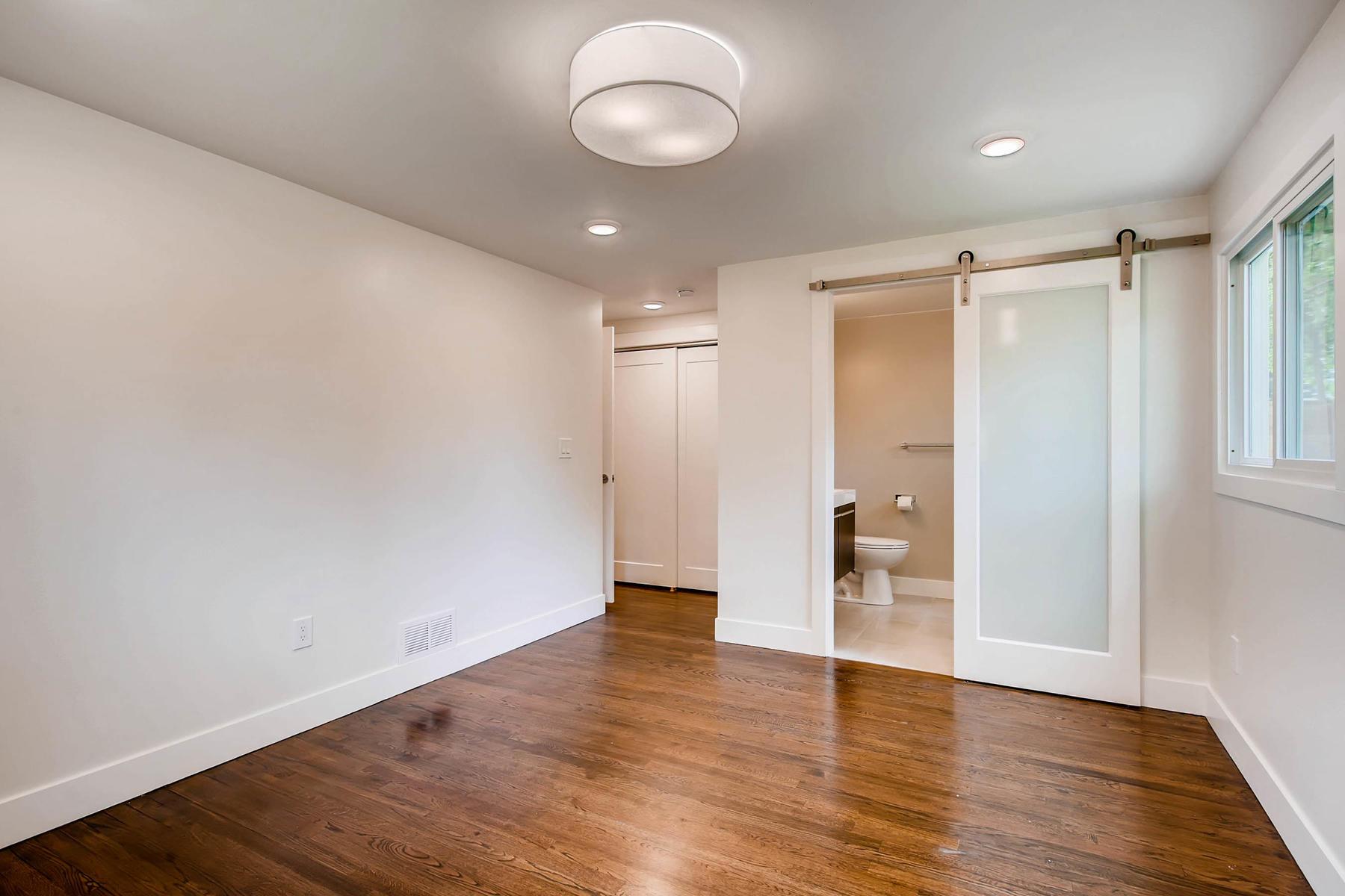 1827 S Jasmine Street Denver-013-16-Master Bedroom-MLS_Size.jpg