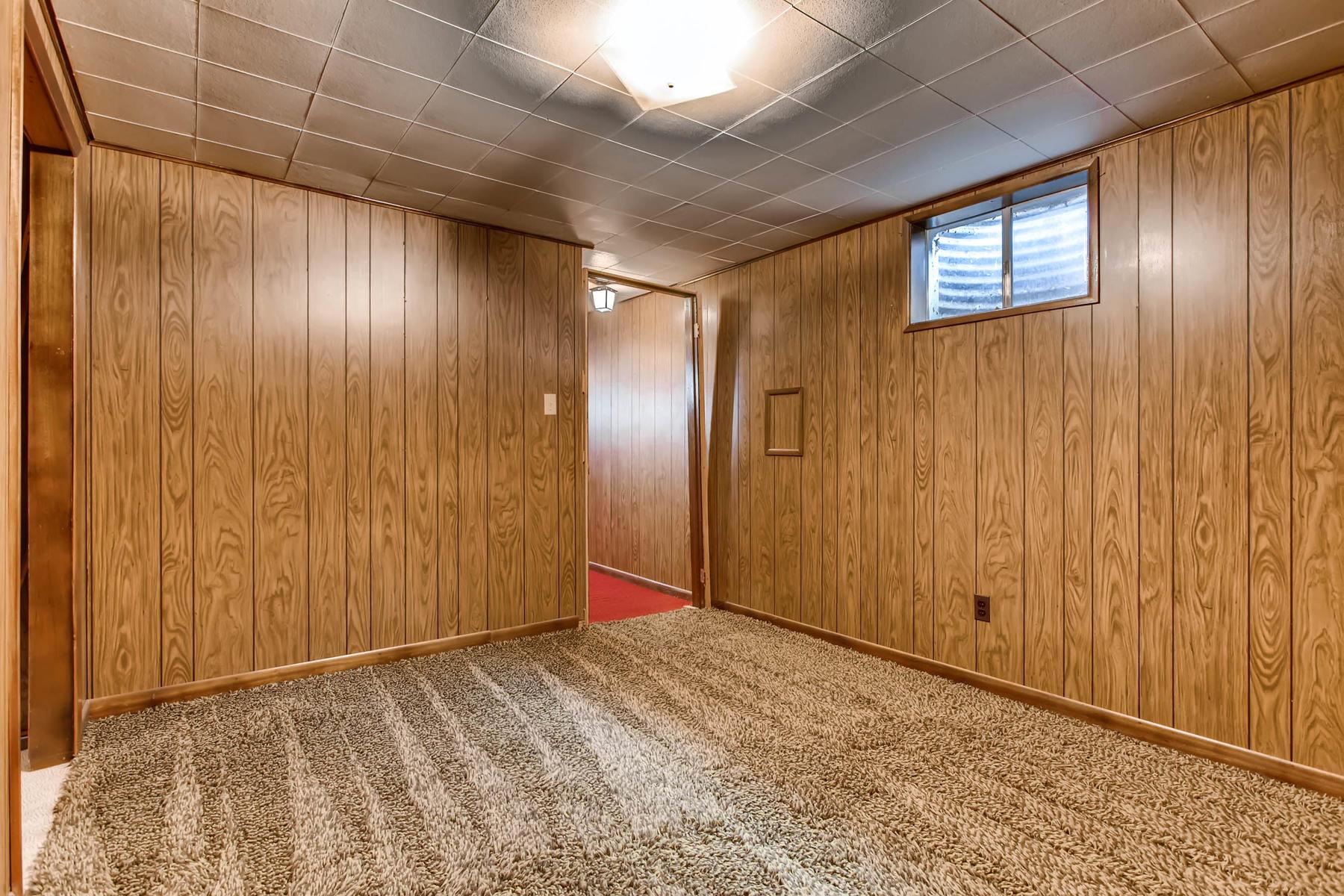 3111 S Monaco Circle Denver CO-025-22-Lower Level Bedroom-MLS_Size.jpg