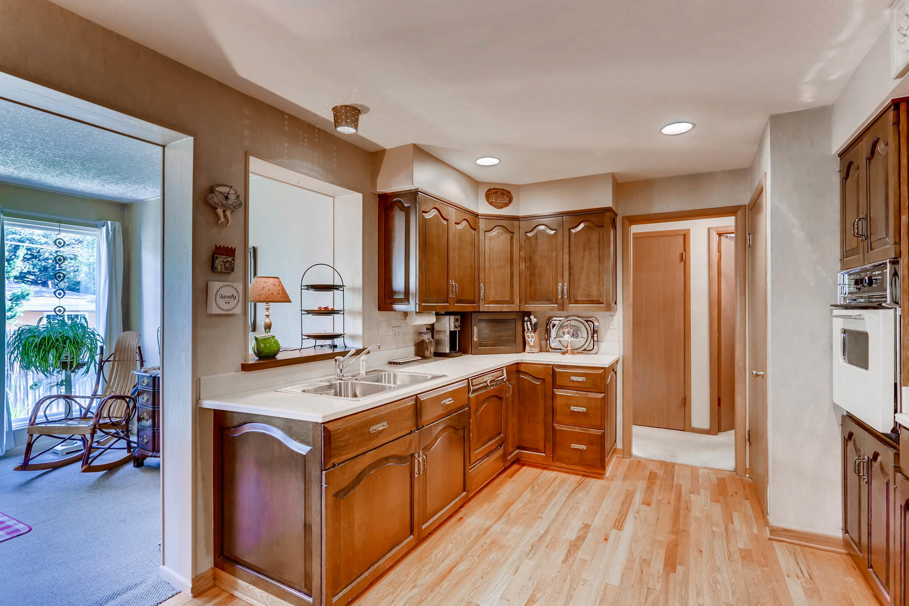 2912 S Race Street Denver CO-012-7-Kitchen-MLS_Size.jpg