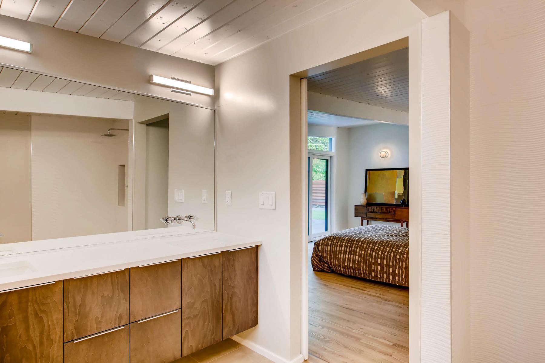 1332 S Edison Way Denver CO-020-9-Master Bathroom-MLS_Size.jpg