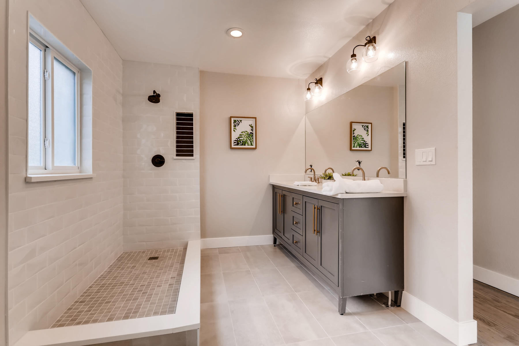 1051 Newport Street Denver CO-016-8-Master Bathroom-MLS_Size.jpg
