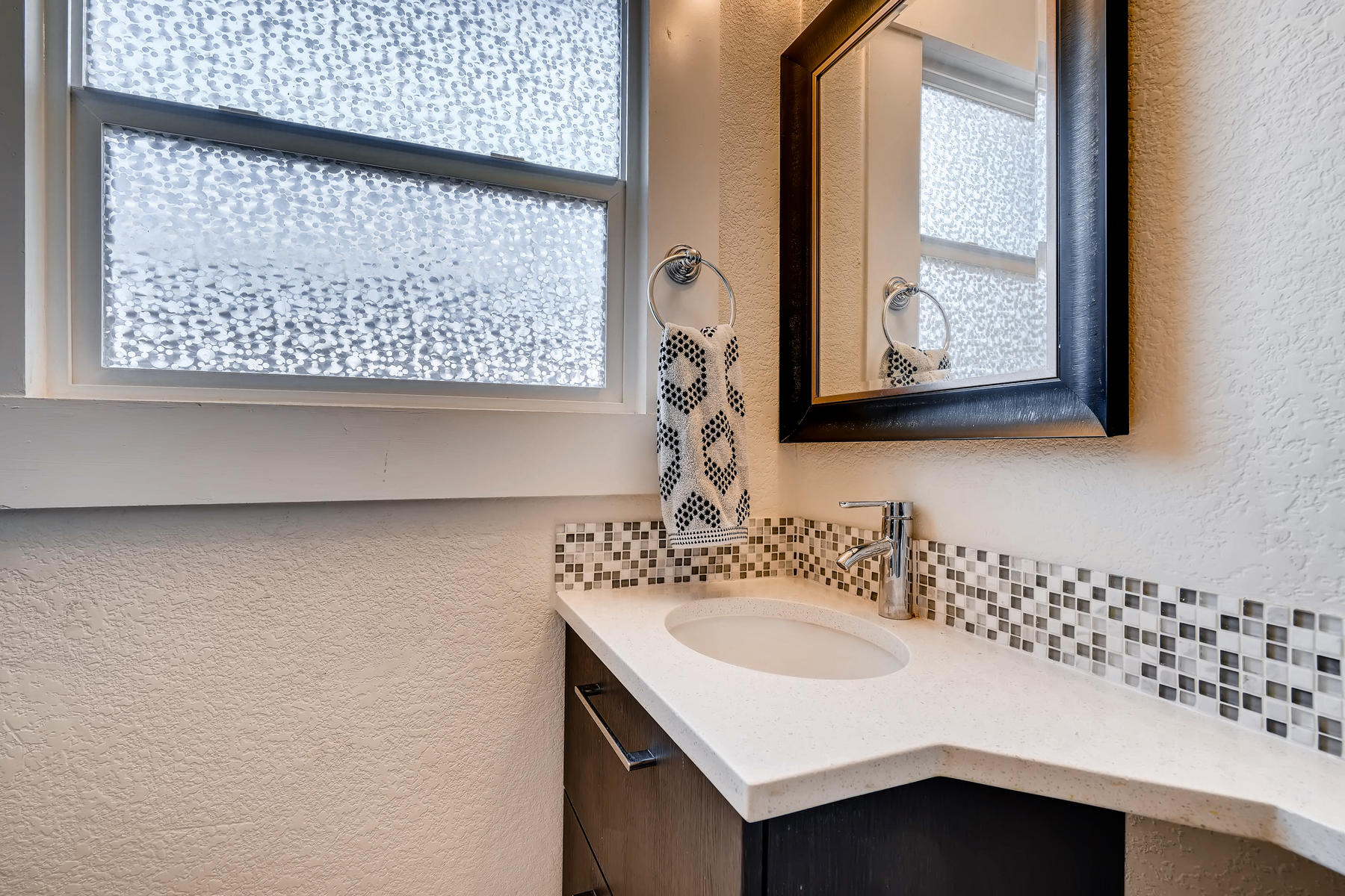 3515 E 6th Ave Denver CO 80206-017-8-Master Bathroom-MLS_Size.jpg