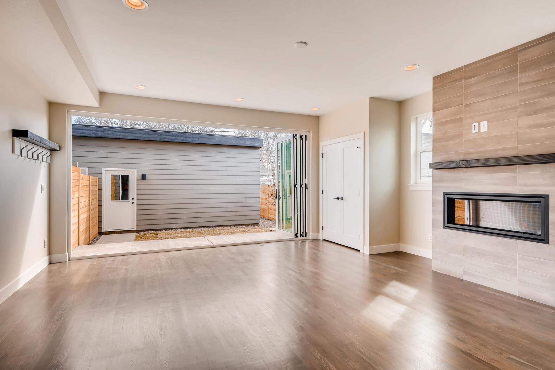 2988 S Elati Street Englewood-009-1-Family Room-MLS_Size.jpg