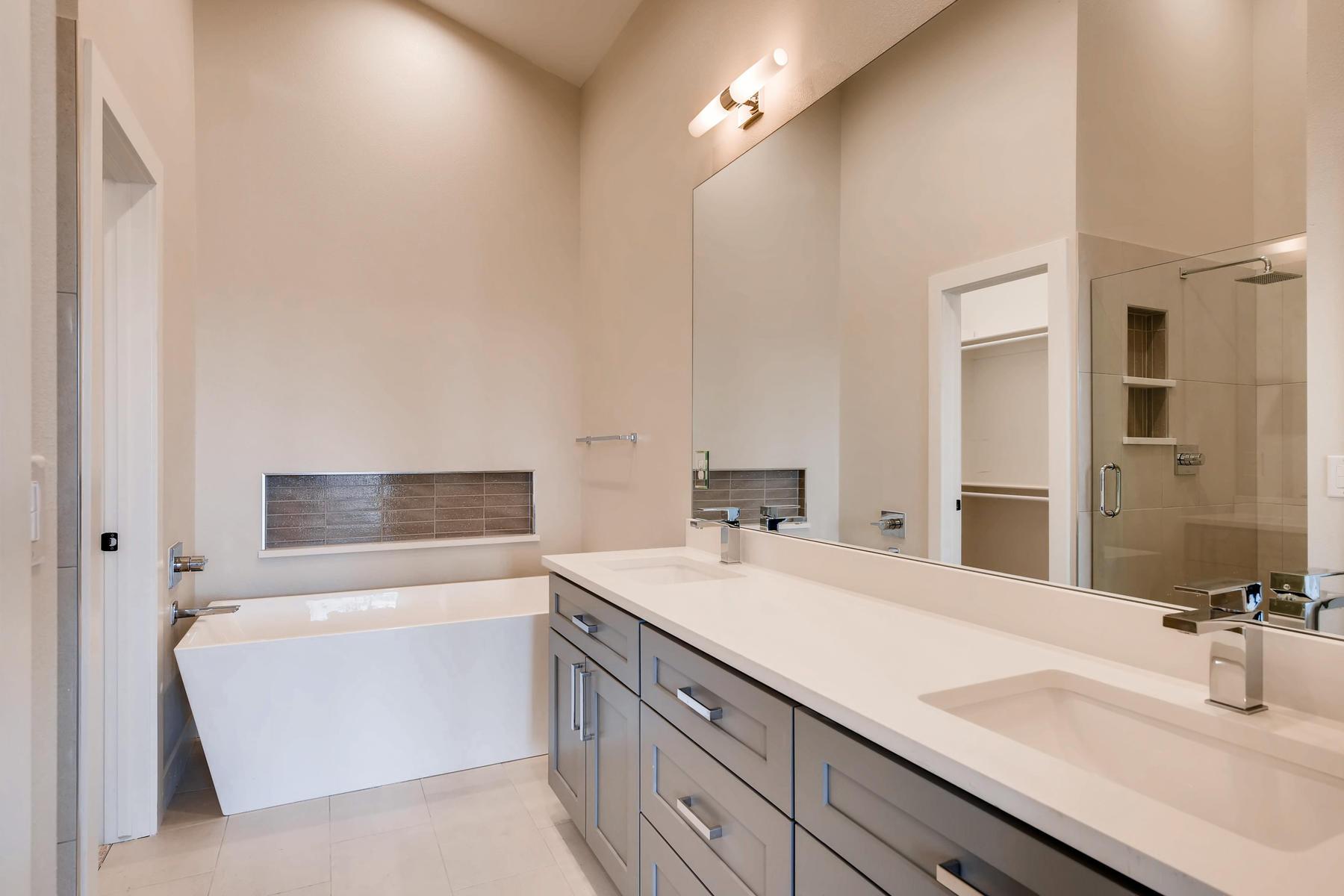 2988 S Elati Street Englewood-013-8-2nd Floor Master Bathroom-MLS_Size.jpg