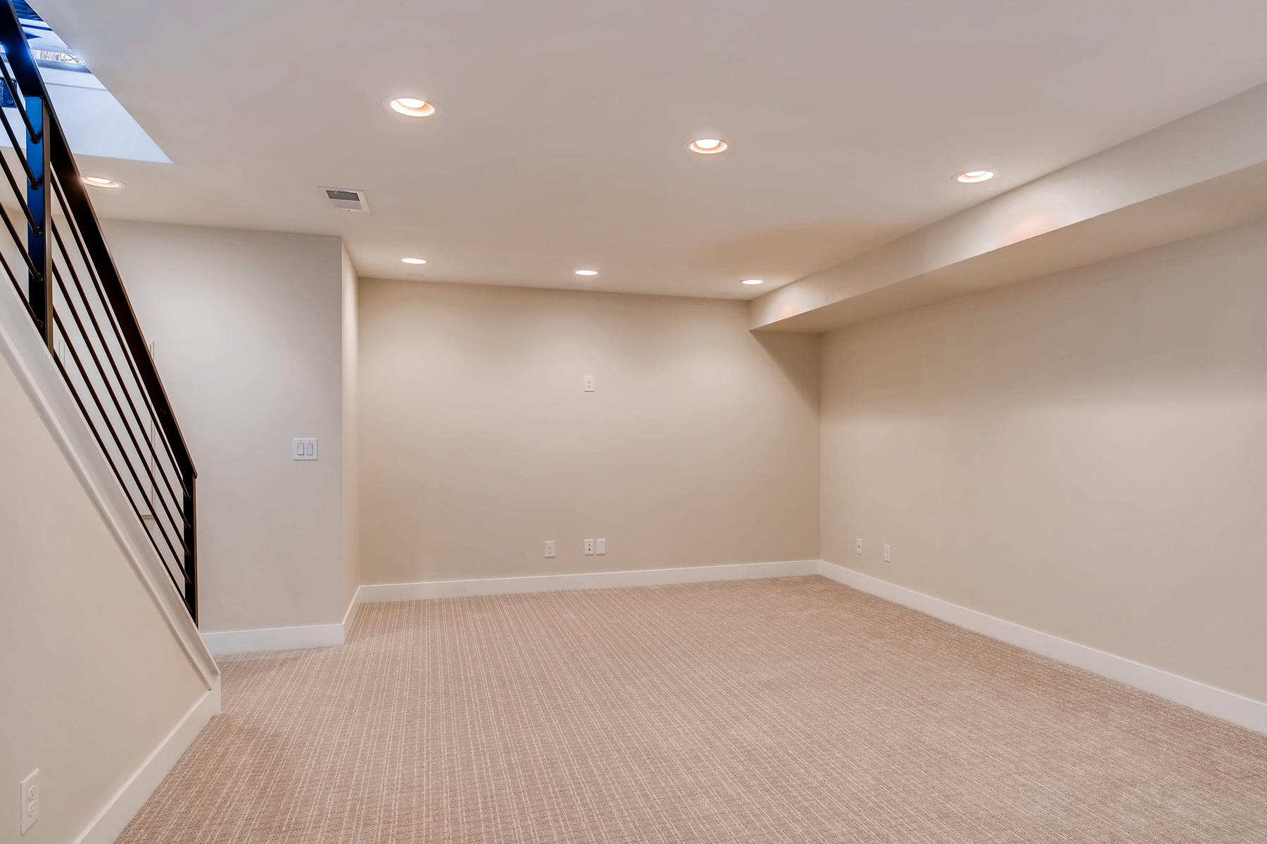 2988 S Elati Street Englewood-019-24-Lower Level Family Room-MLS_Size.jpg