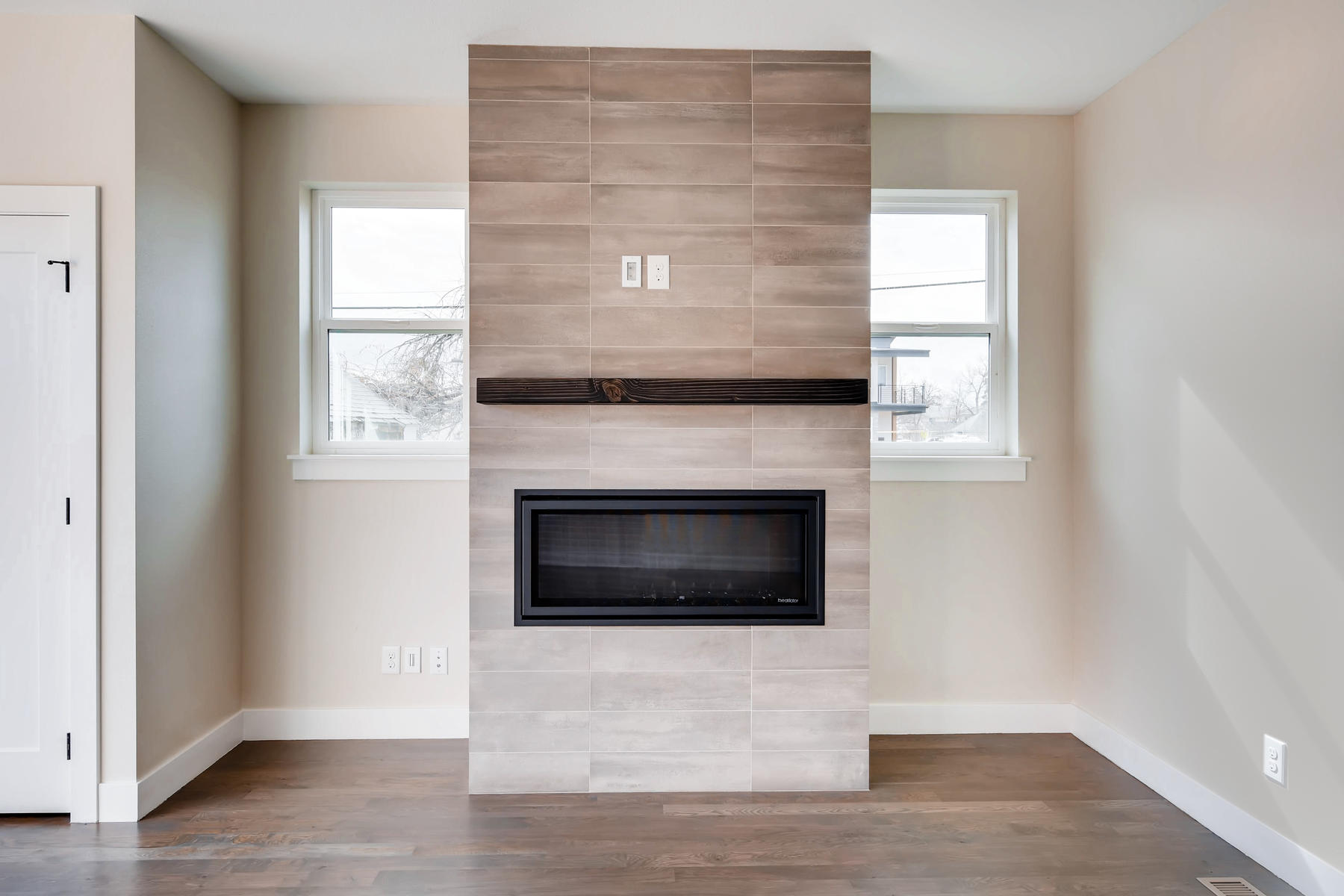 2988 S Elati Street Englewood-023-26-Fireplace-MLS_Size.jpg