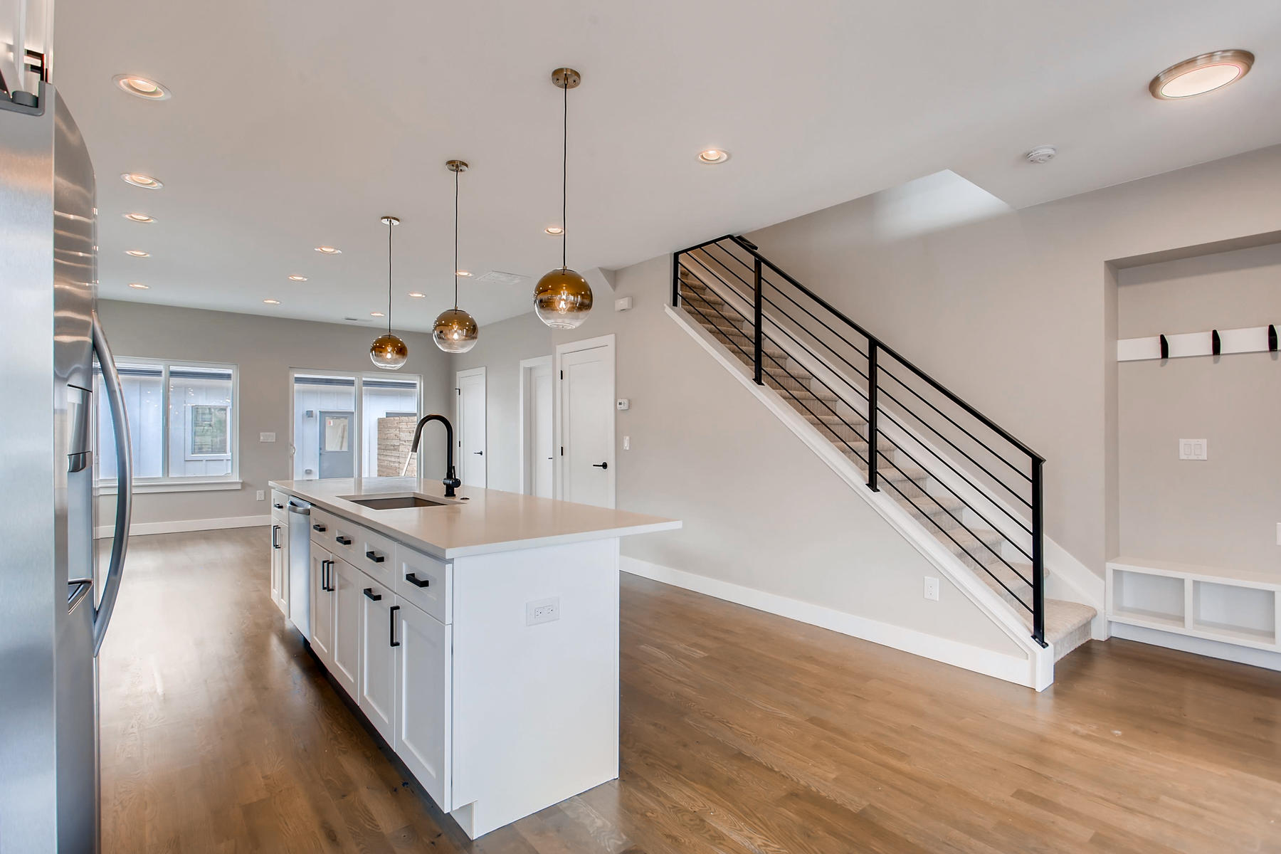 3101 S Cherokee St Englewood-004-3-Kitchen-MLS_Size.jpg