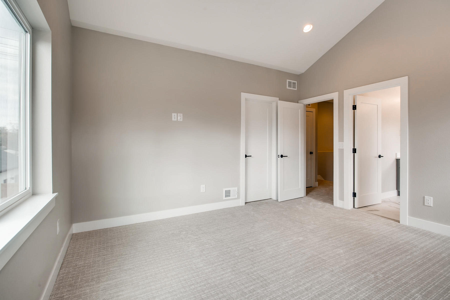 3101 S Cherokee St Englewood-011-14-2nd Floor Master Bedroom-MLS_Size.jpg