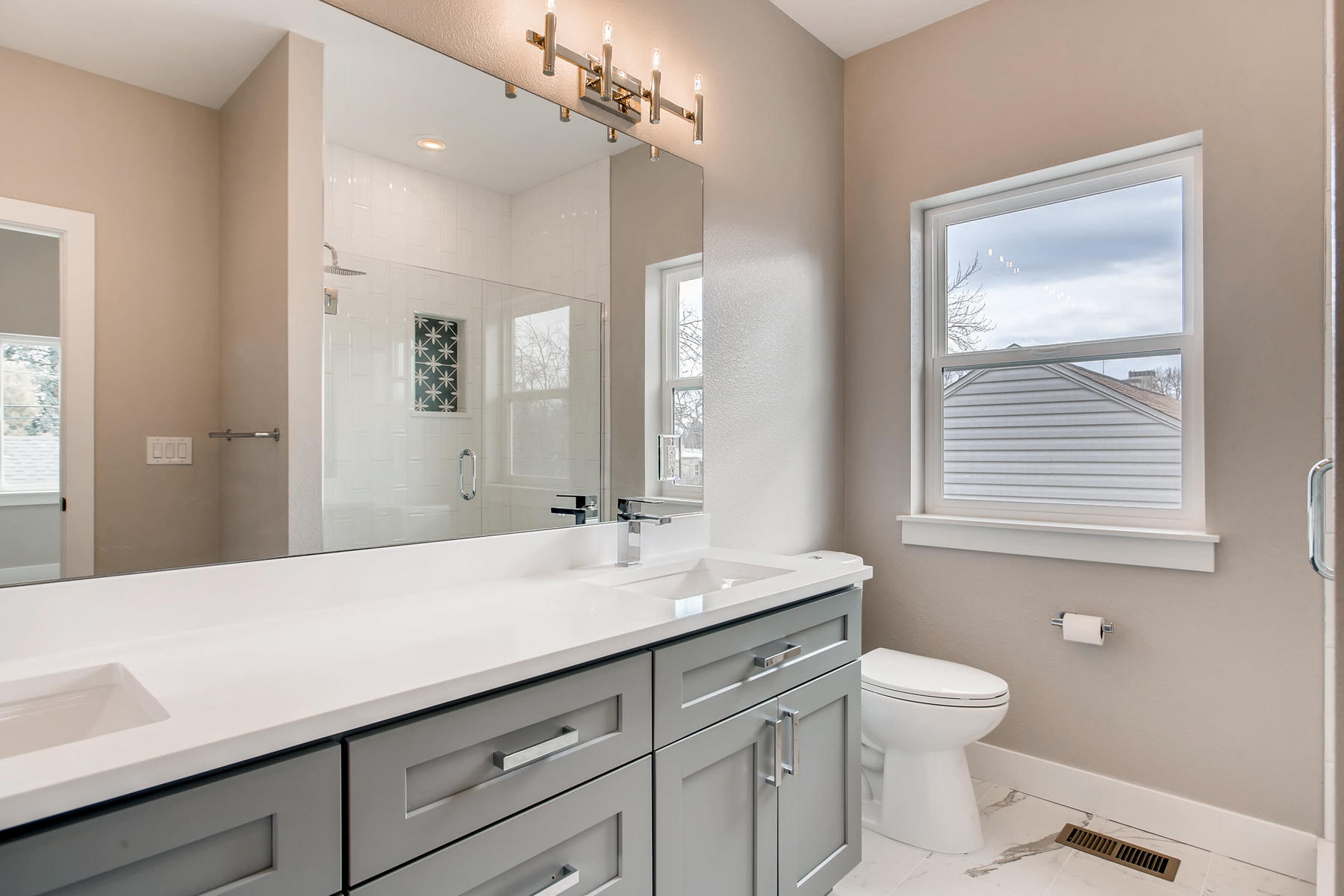 3101 S Cherokee St Englewood-013-15-2nd Floor Master Bathroom-MLS_Size.jpg