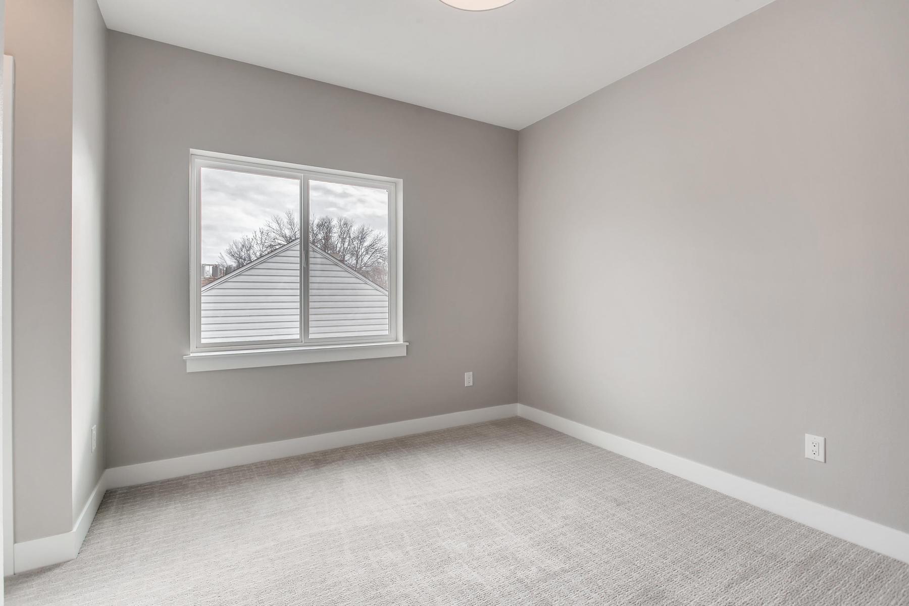 3101 S Cherokee St Englewood-020-24-2nd Floor Bedroom-MLS_Size.jpg