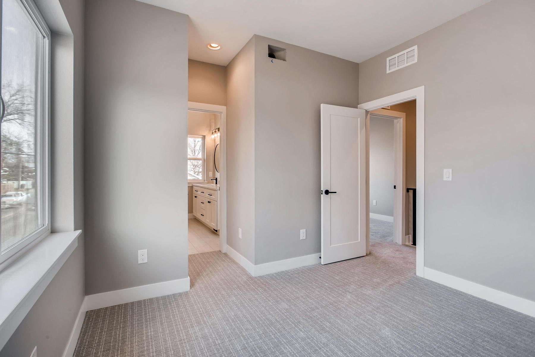 3101 S Cherokee St Englewood-023-7-2nd Floor Bedroom-MLS_Size.jpg