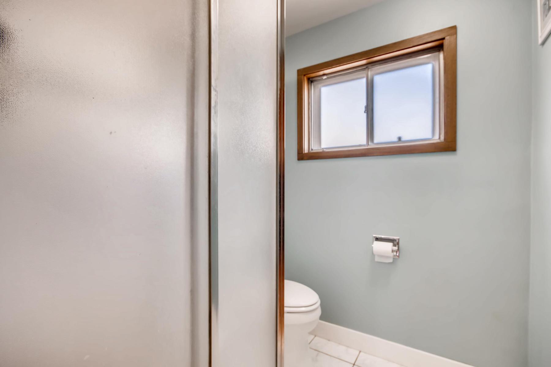 1835 S Jersey Way Denver CO-027-34-Master Bathroom-MLS_Size.jpg