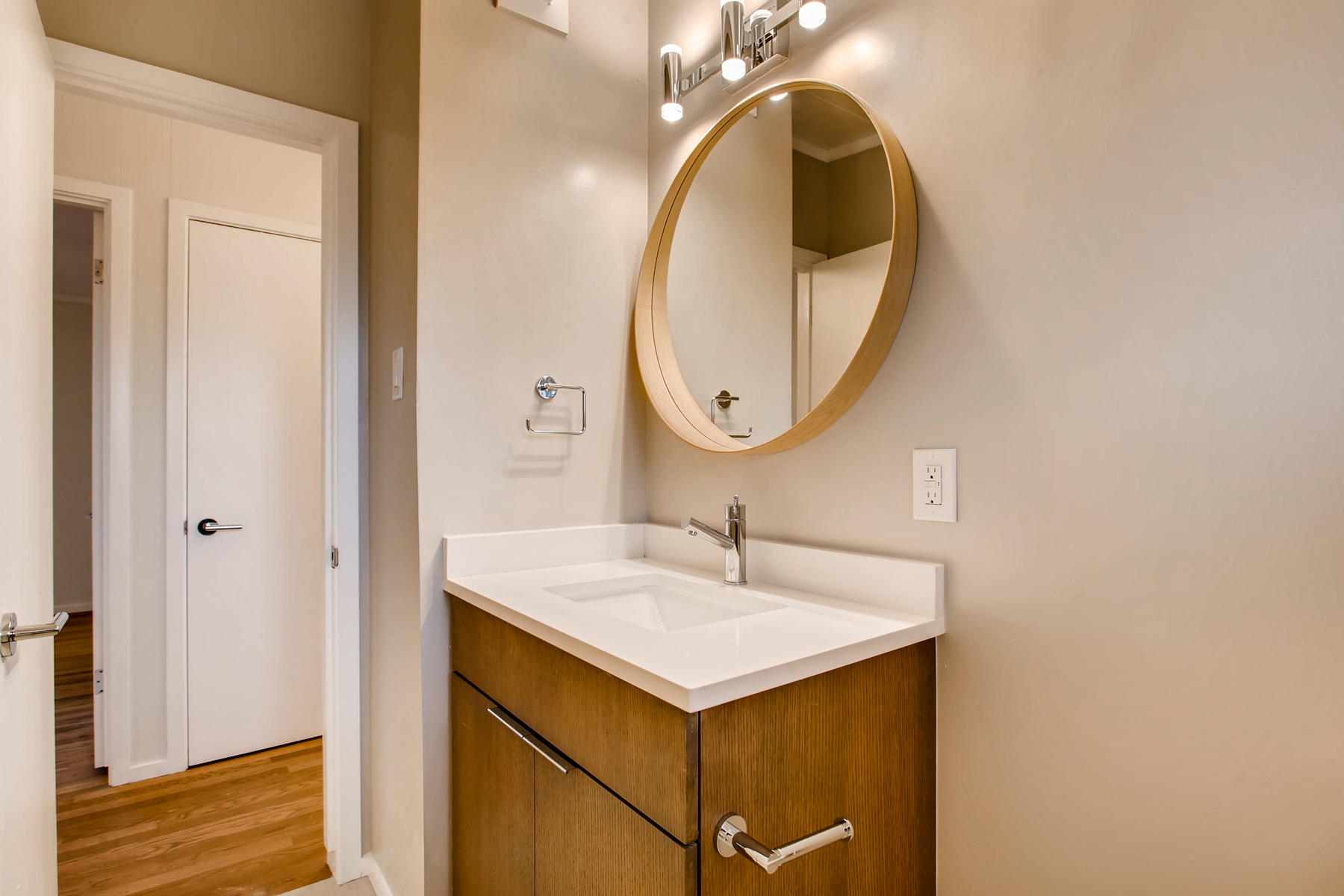 1860 S Holly Street Denver CO-027-37-Bathroom-MLS_Size.jpg