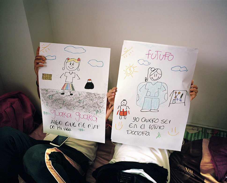 ©Maureen Drennan - Taller de Vida and MADRE support children who have never known a life without war. Through creative workshops, these children learn how to express their fears and hopes in healthy ways.