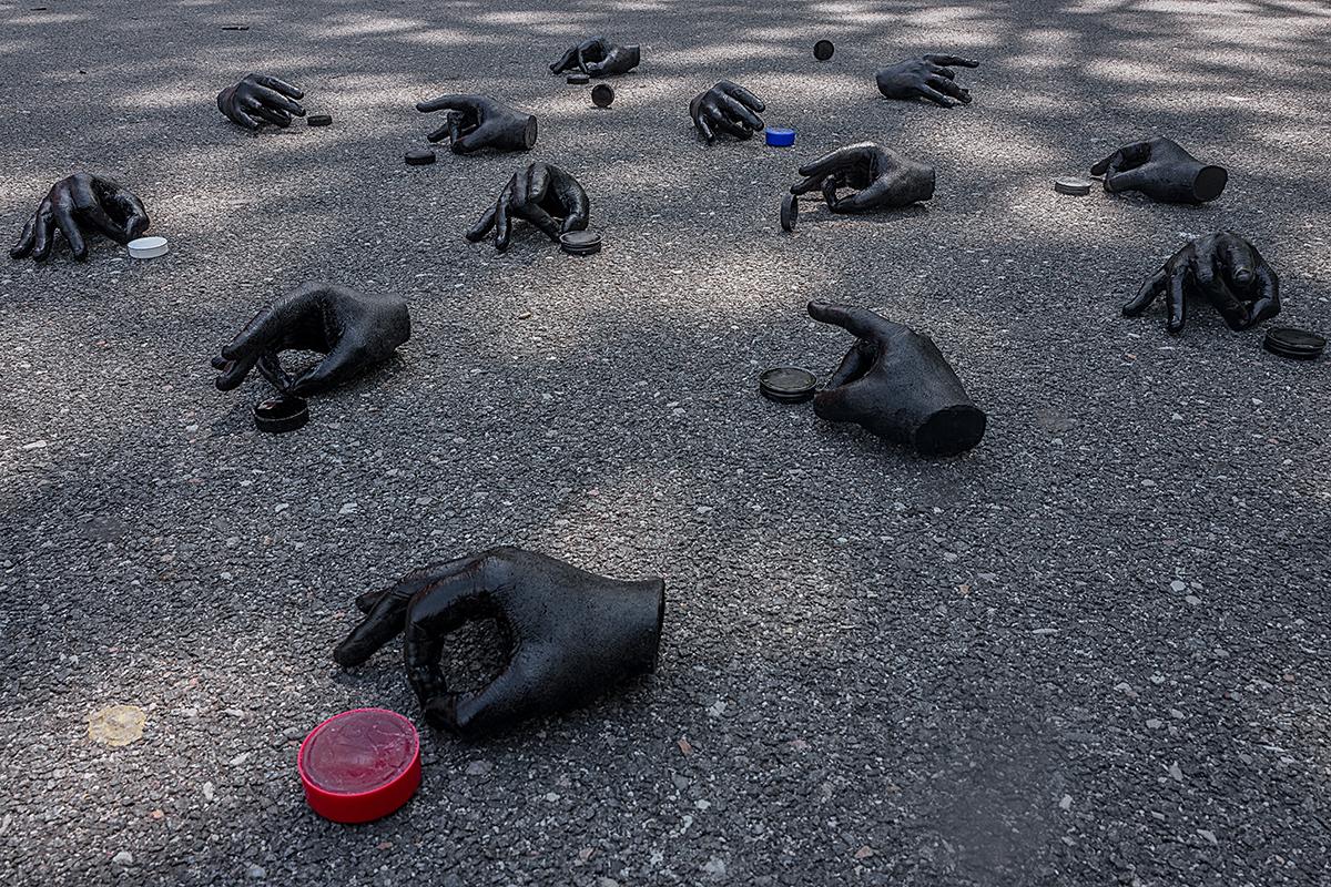 Anders Jones Skelly Hands sculptural installation (Gone but not forgotten) 8x5.jpg