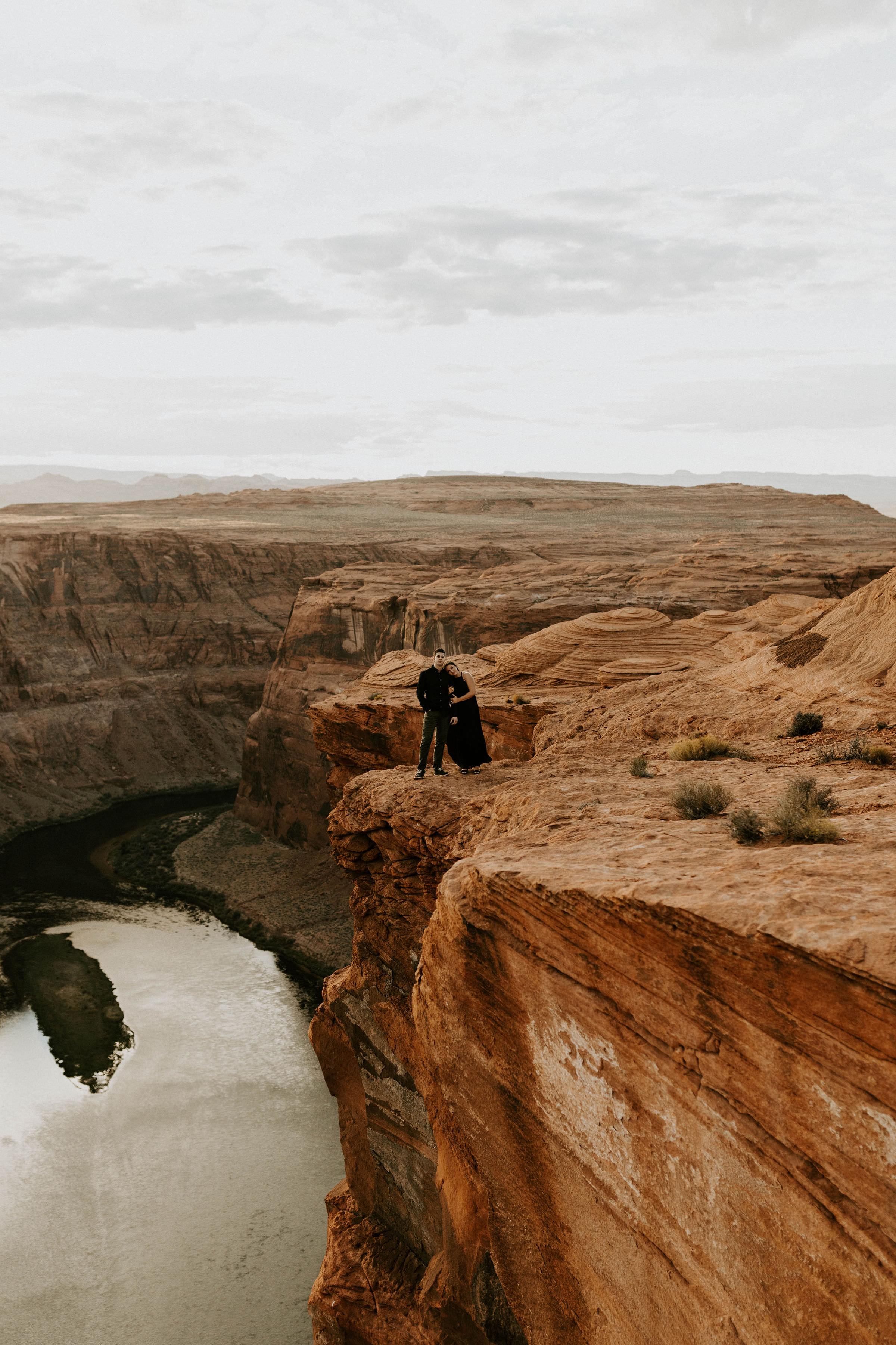 horseshoebendengagementsessionerikagreenephotography34.jpg
