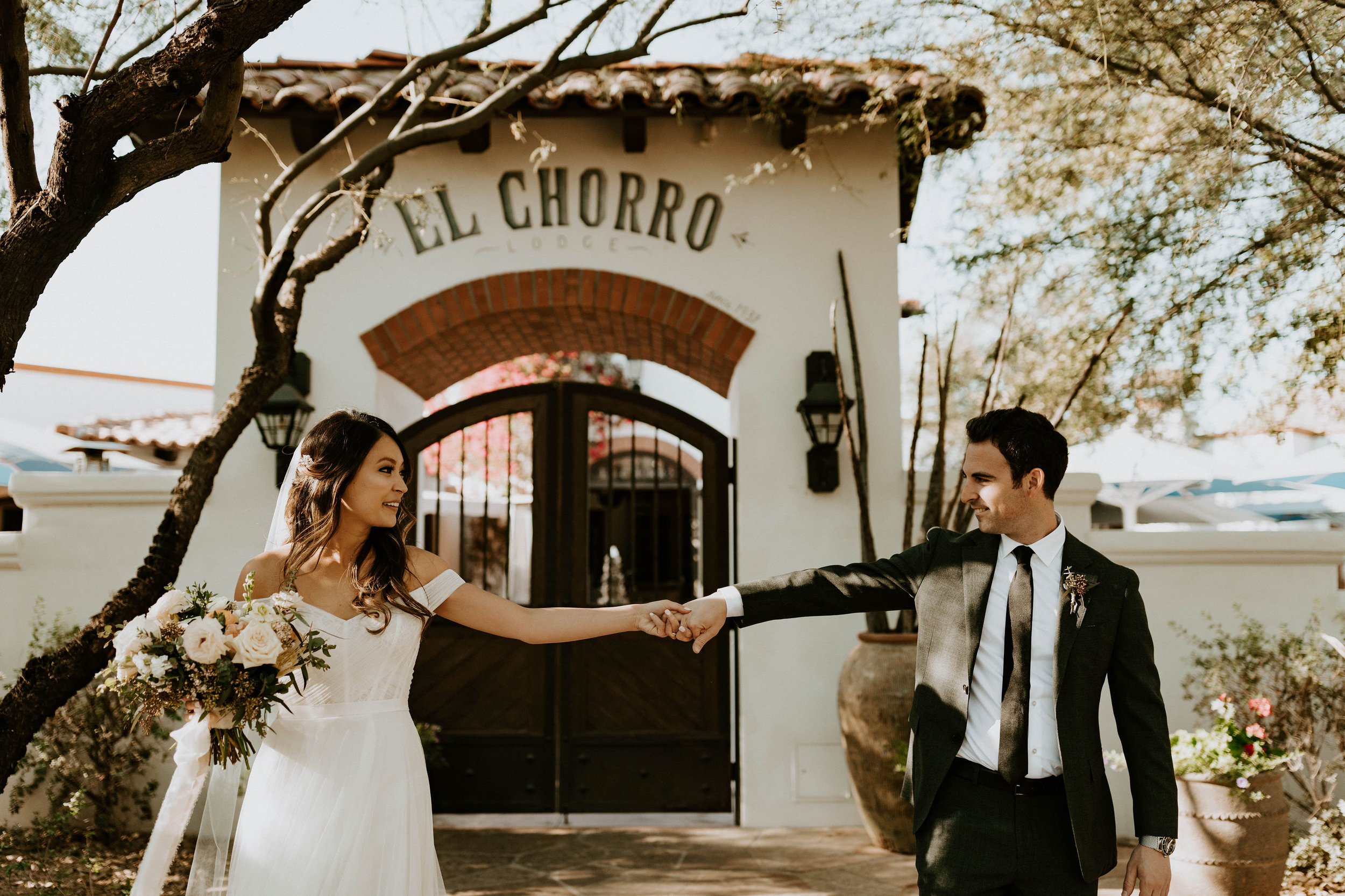 Couple photo location at El Chorro wedding space