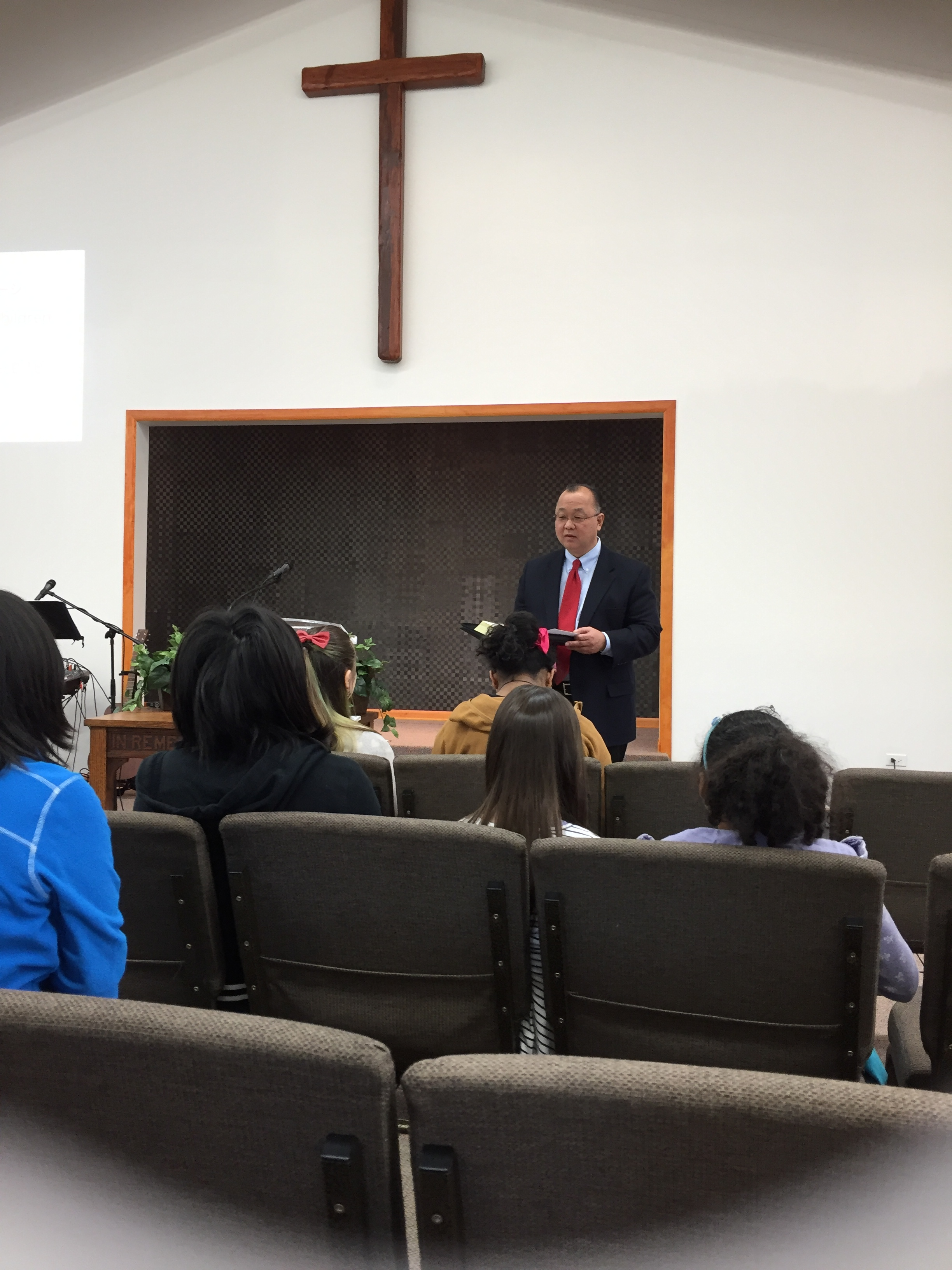 Pastor Kobari giving the Children's Message.