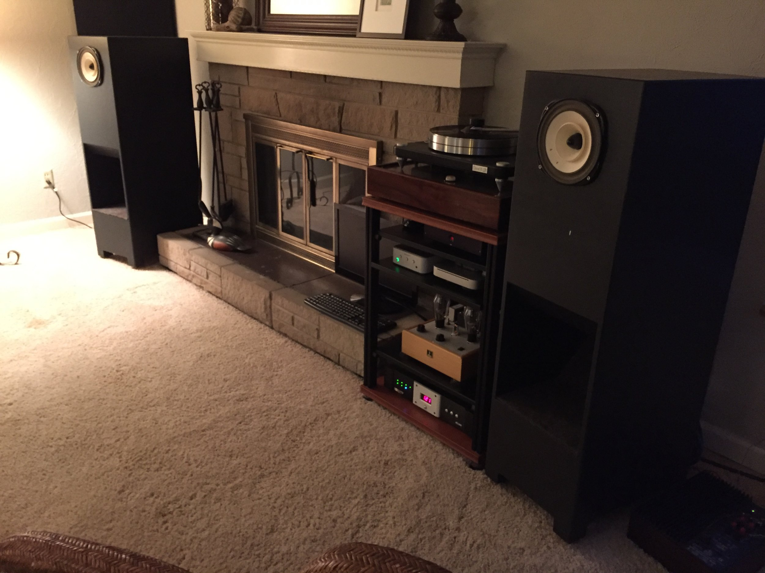 Toby P System:  Lowther DX-4 drivers in custom Medallion horn cabinets with Rythmik 12 inch down firing subs, Bottlehead Stereomour (1st gen) JJ2A3-40 power tubes, A2900 driver tube, Jupiter HT caps. , Musical Surroundings Nova Phonomena phono stage, VPI Scout IIturntable, Dynavector 20X2L cartridge, DIY interconnects, Cardas crosslink speaker cables.