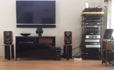 "Richard J System:  VPI Classic/Ortofon 2M Black, Jolida JD-9 phono stage (w/NOS 1962 Mullard tubes), Qsonix music server into PS Audio DirectStream DAC, BSG Qol signal completion stage, Copland DRC-205 Digital correction unit. PrimaLuna Dialogue HP, Usher BE-718 ""Tiny Dancer"" speakers."