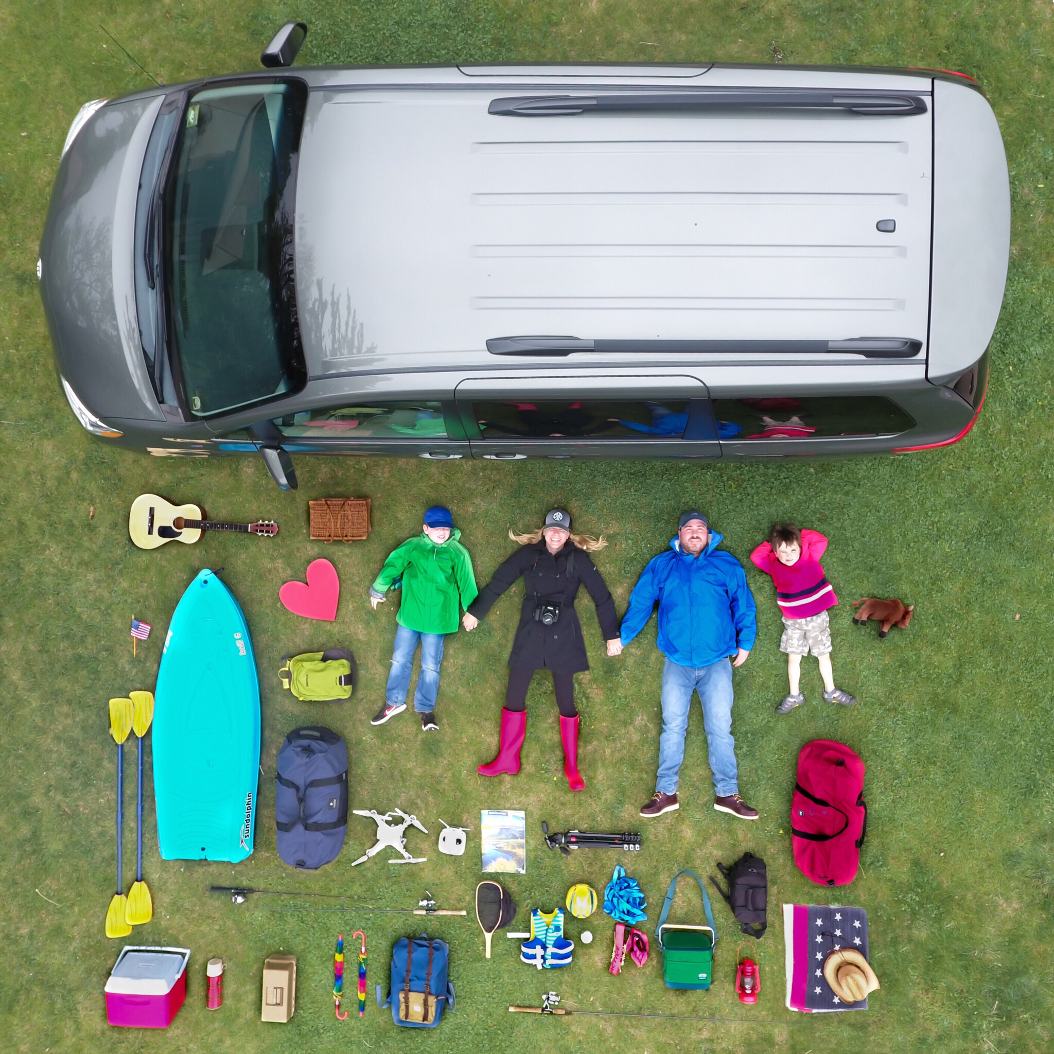 Special thanks to @maverickdrones for helping me with this life-sized #thingsorganizedneatly shot!