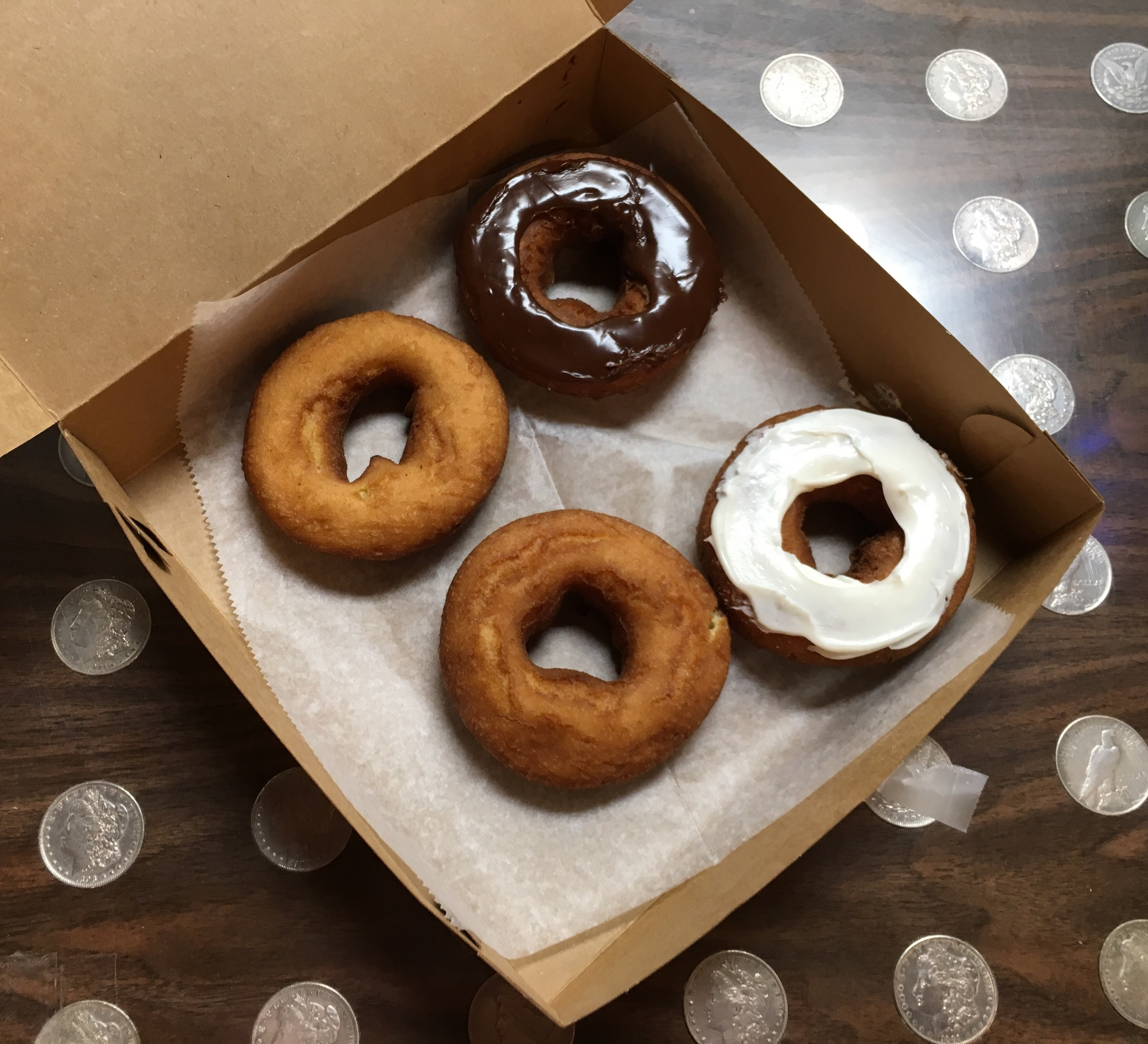 There's a reason the donuts at Wall Drug are famous! Yum!!!