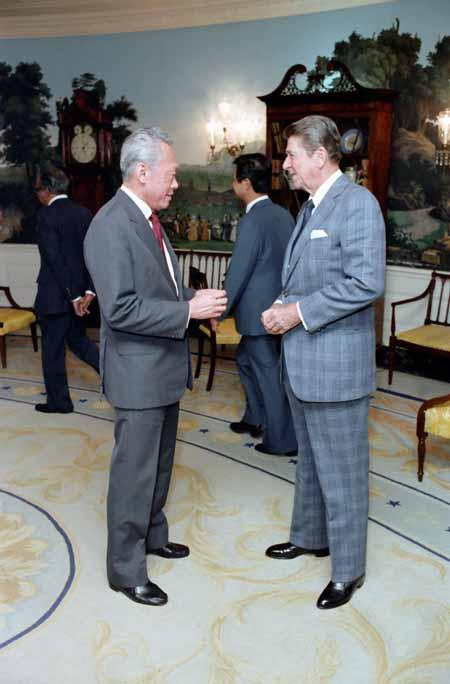 Lee Kuan Yew Met with Reagan