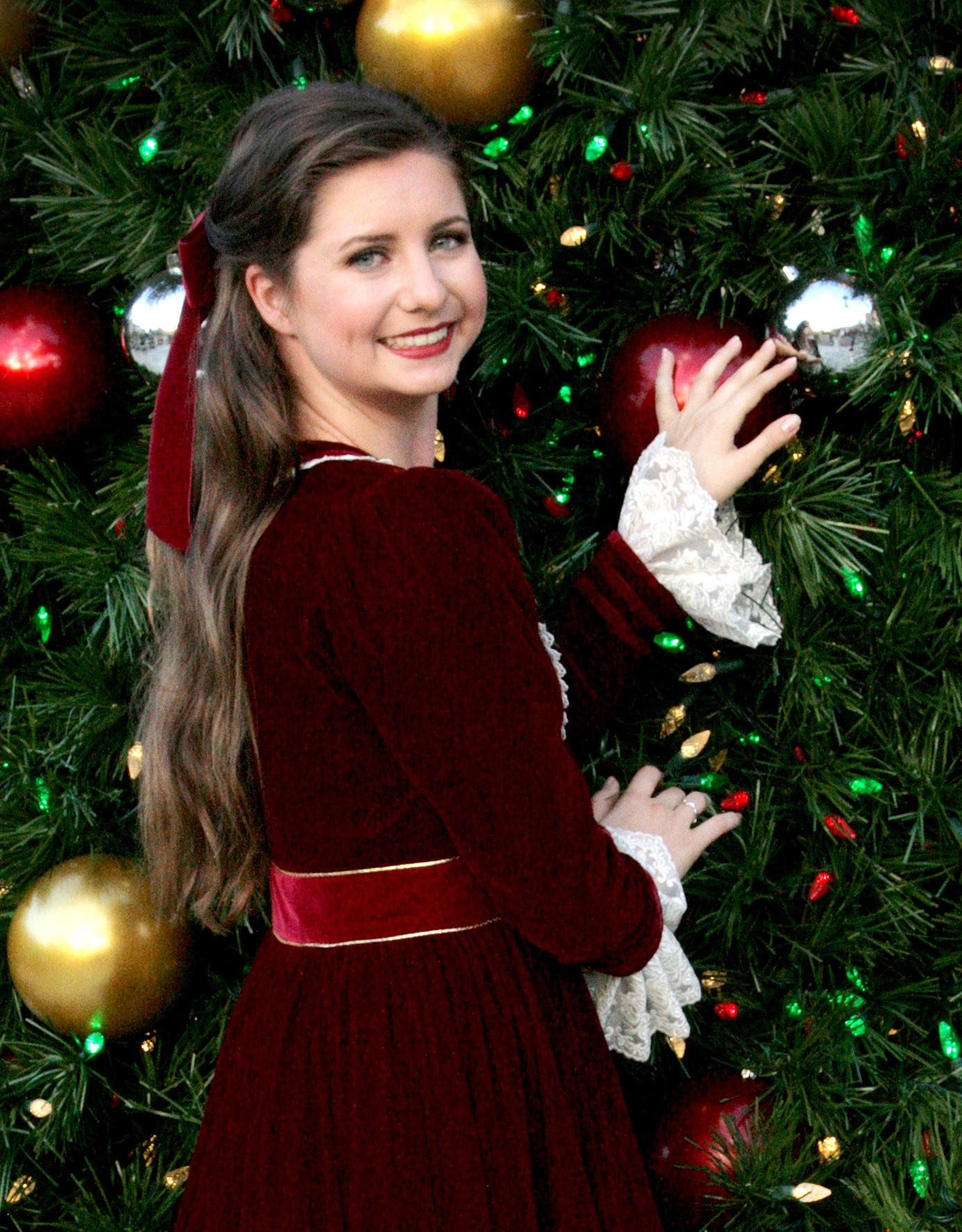 Brooke Stanke as Marie (Clara)