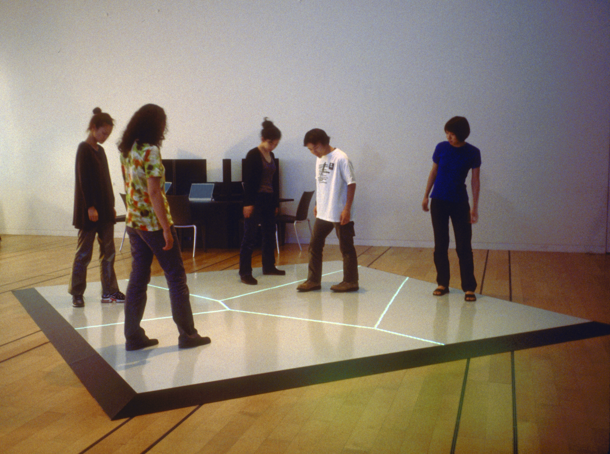 Boundary Functions (1998) — Scott Snibbe - Interactive Art