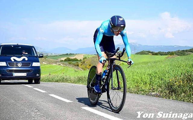 H E A D down eyes up... Big week ahead at @lottoladiestour 🇧🇪🤘🏻 . . . . . . . . . . . . . . #RodamosJuntos #race #ride #bicyclelove #bikeride #cycle #bicycle #speed #ridebikes #bike #bici #wheels #bikelife #wheel #bicycles #pedal #bicycles #bikes #cycling