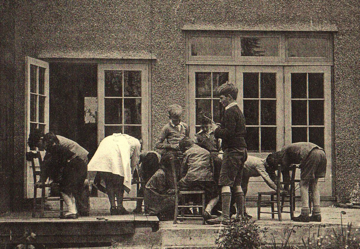 1930s-2.jpg