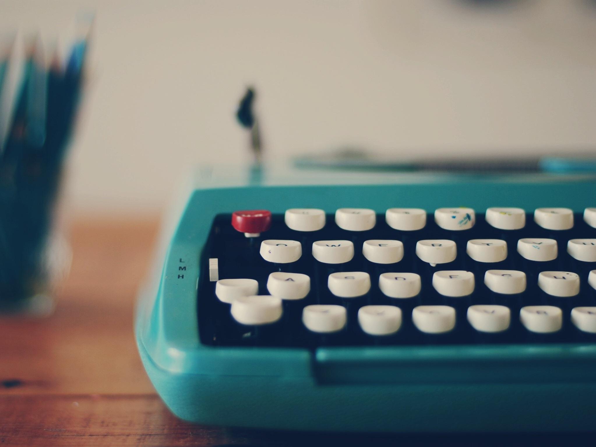 BlueTypewriter2.jpg